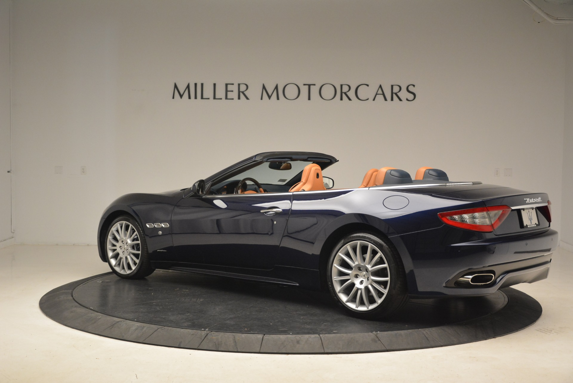 Used 2014 Maserati GranTurismo Sport For Sale In Greenwich, CT 2269_p6
