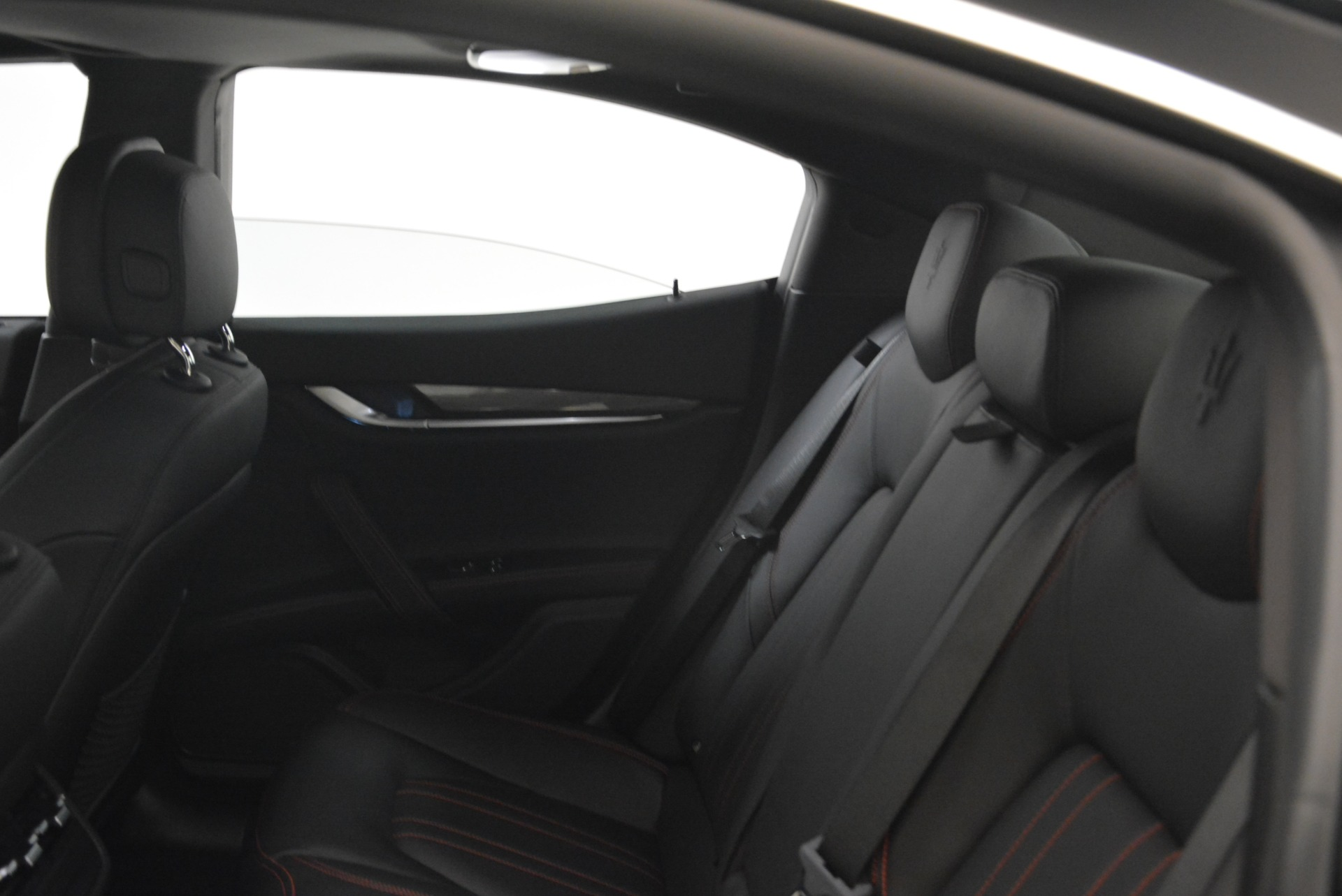 Used 2018 Maserati Ghibli S Q4 For Sale In Greenwich, CT 2271_p23