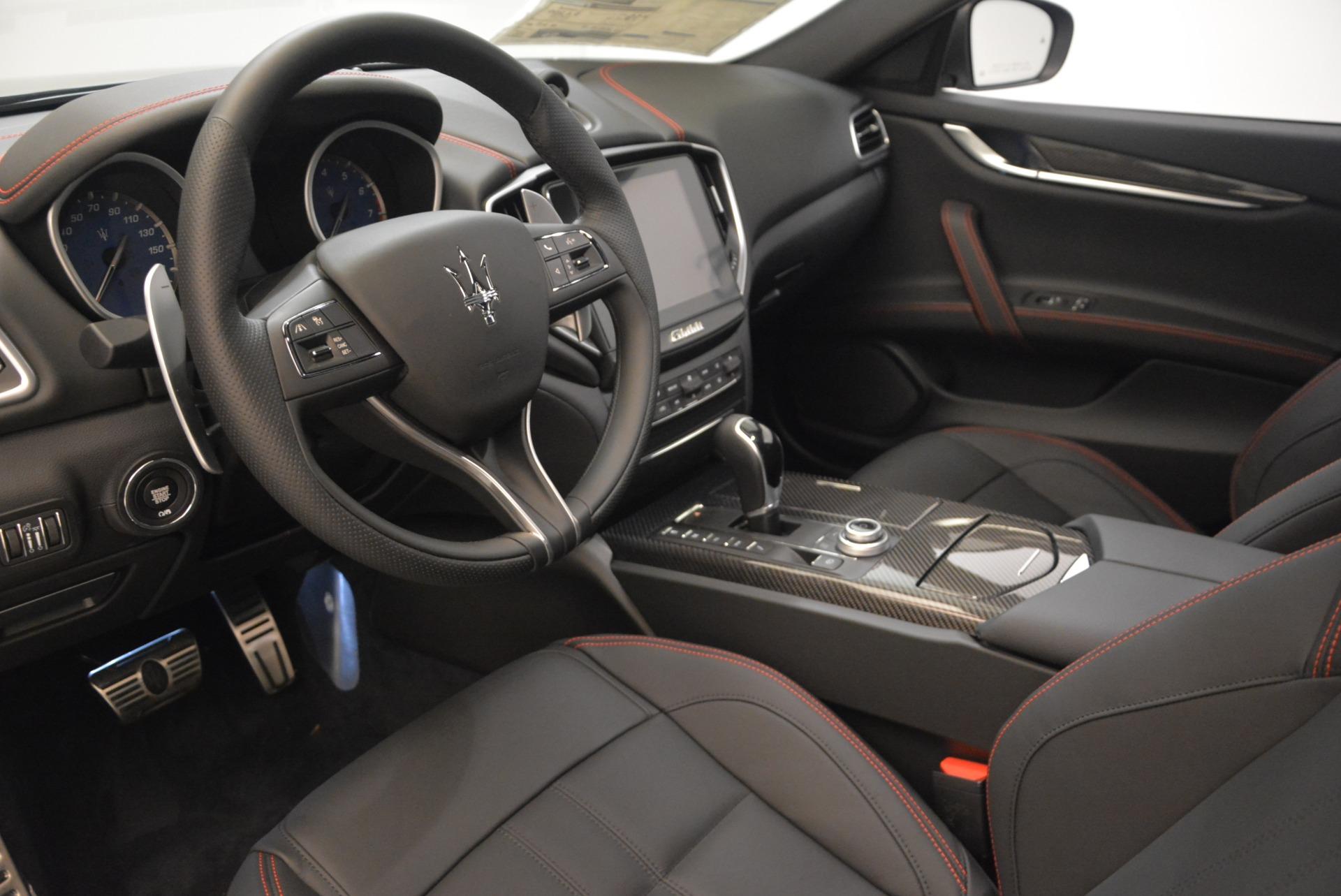 New 2018 Maserati Ghibli SQ4 GranSport Nerissimo For Sale In Greenwich, CT 2278_p13
