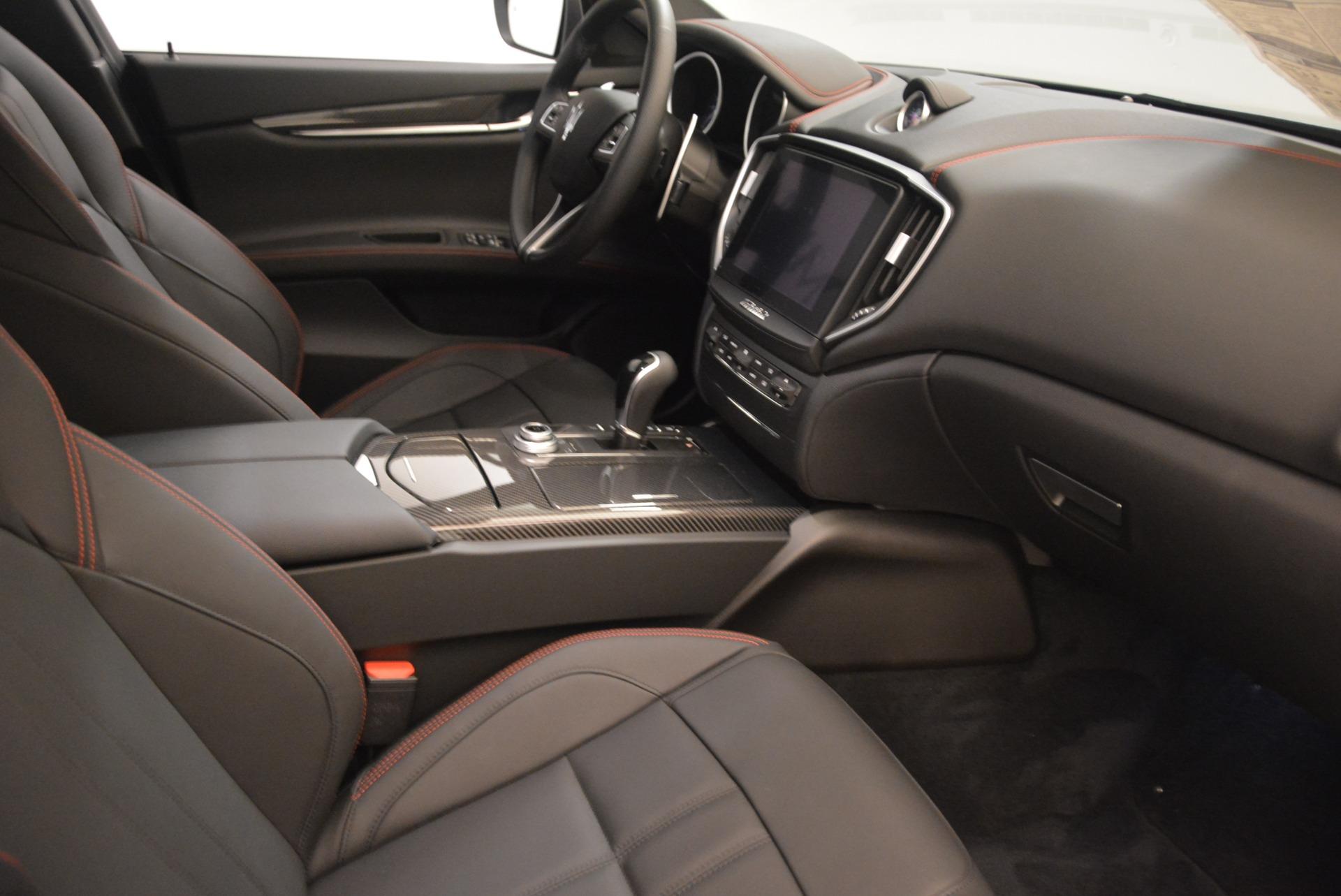 New 2018 Maserati Ghibli SQ4 GranSport Nerissimo For Sale In Greenwich, CT 2278_p16