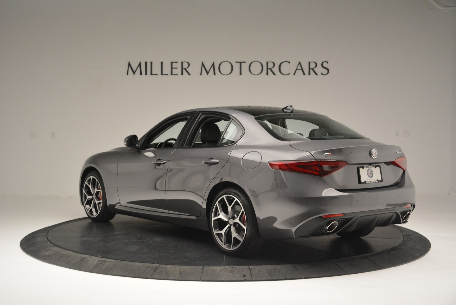 New 2018 Alfa Romeo Giulia Ti Sport Q4 For Sale In Greenwich, CT 2283_p5