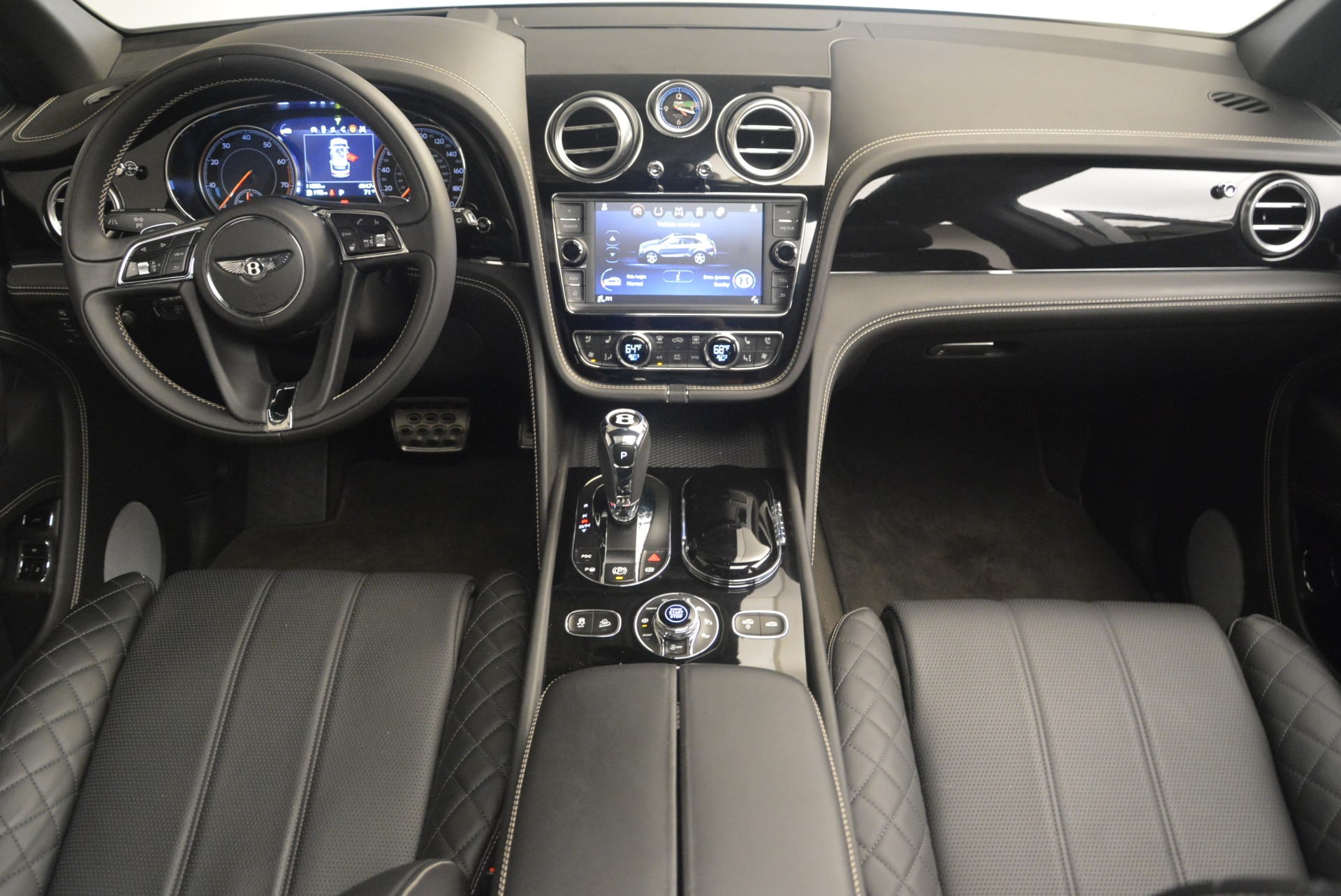 Used 2017 Bentley Bentayga W12 For Sale In Greenwich, CT 2284_p22