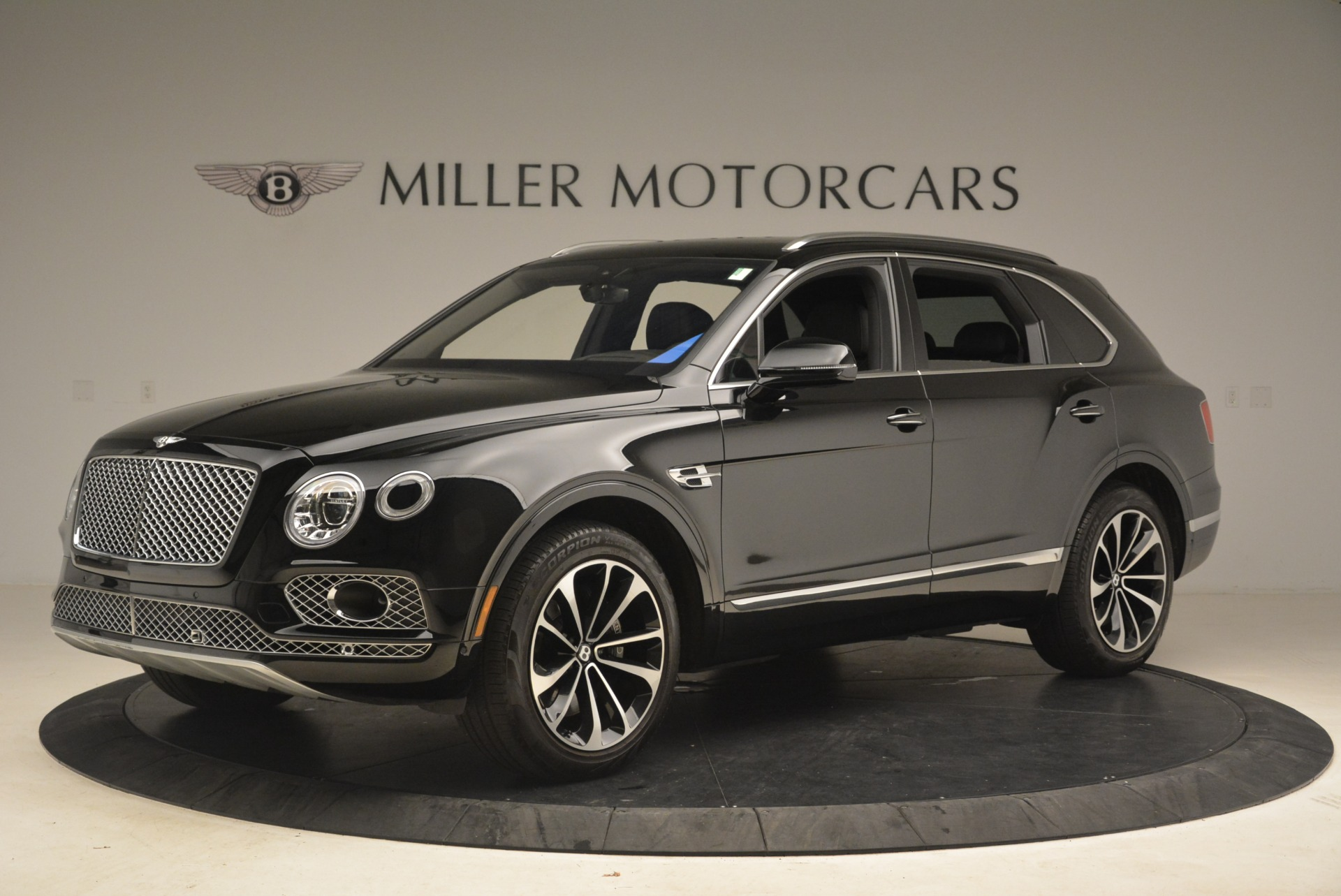 Used 2017 Bentley Bentayga W12 For Sale In Greenwich, CT 2284_p3