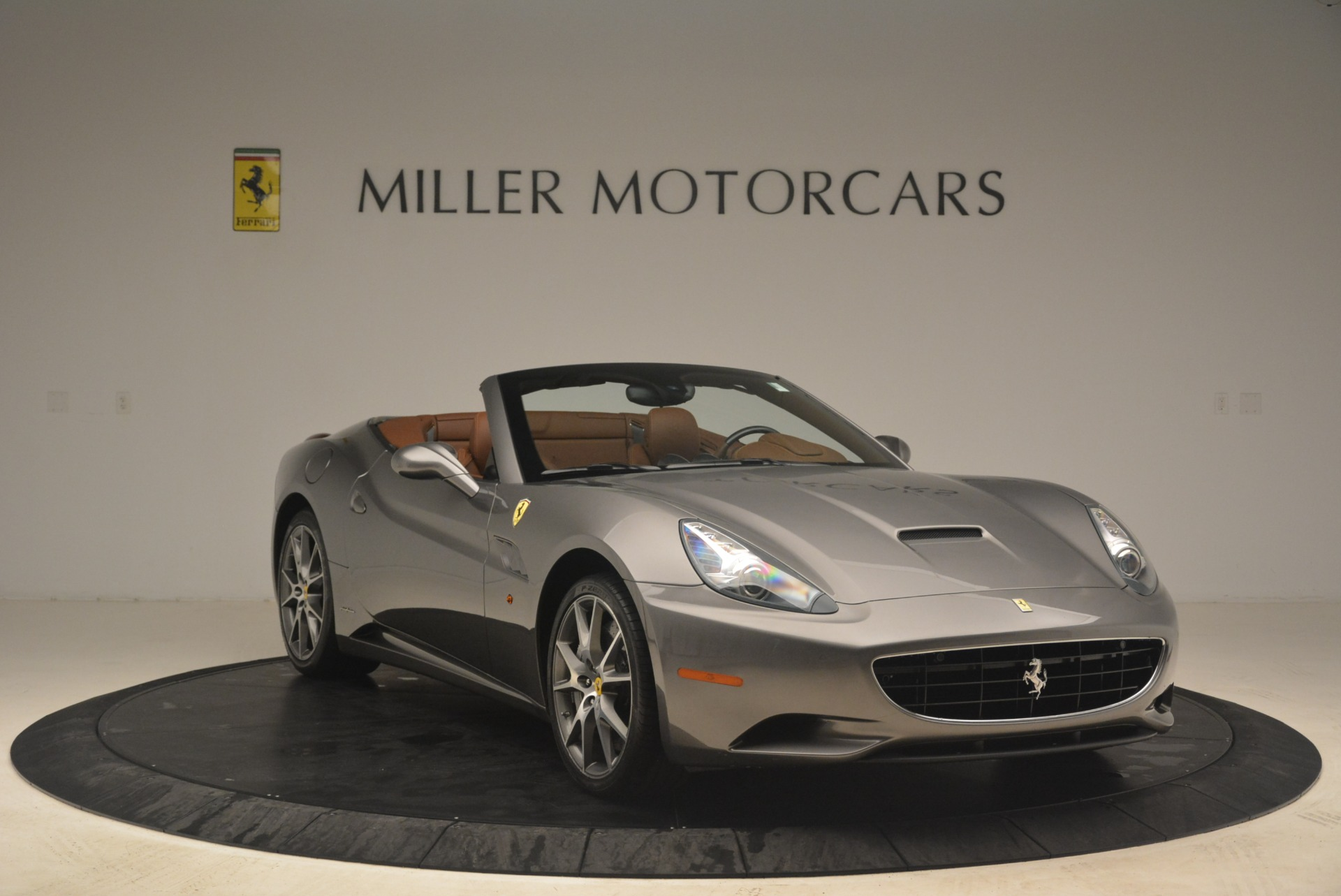 Used 2012 Ferrari California  For Sale In Greenwich, CT 2285_p11