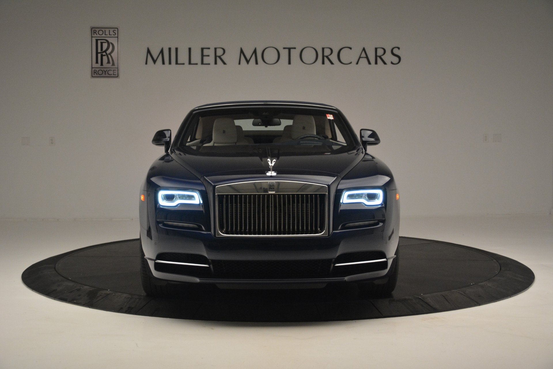 New 2018 Rolls-Royce Dawn  For Sale In Greenwich, CT 2289_p16