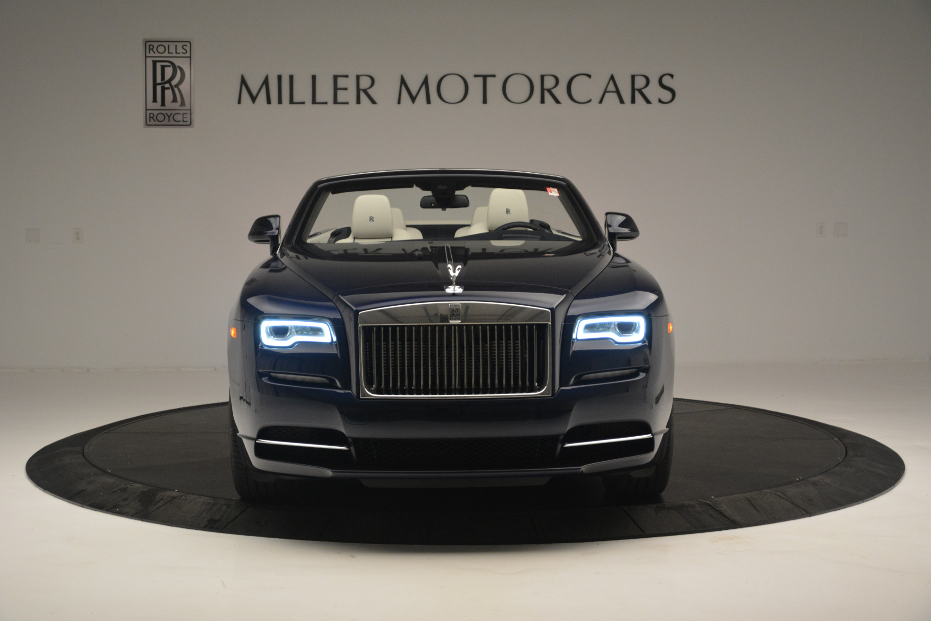 New 2018 Rolls-Royce Dawn  For Sale In Greenwich, CT 2289_p8