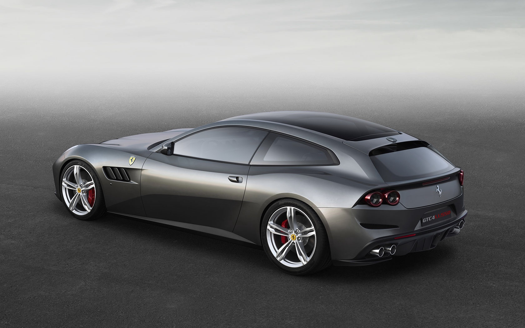 New 2019 Ferrari GTC4LUSSO  For Sale In Greenwich, CT 229_p4