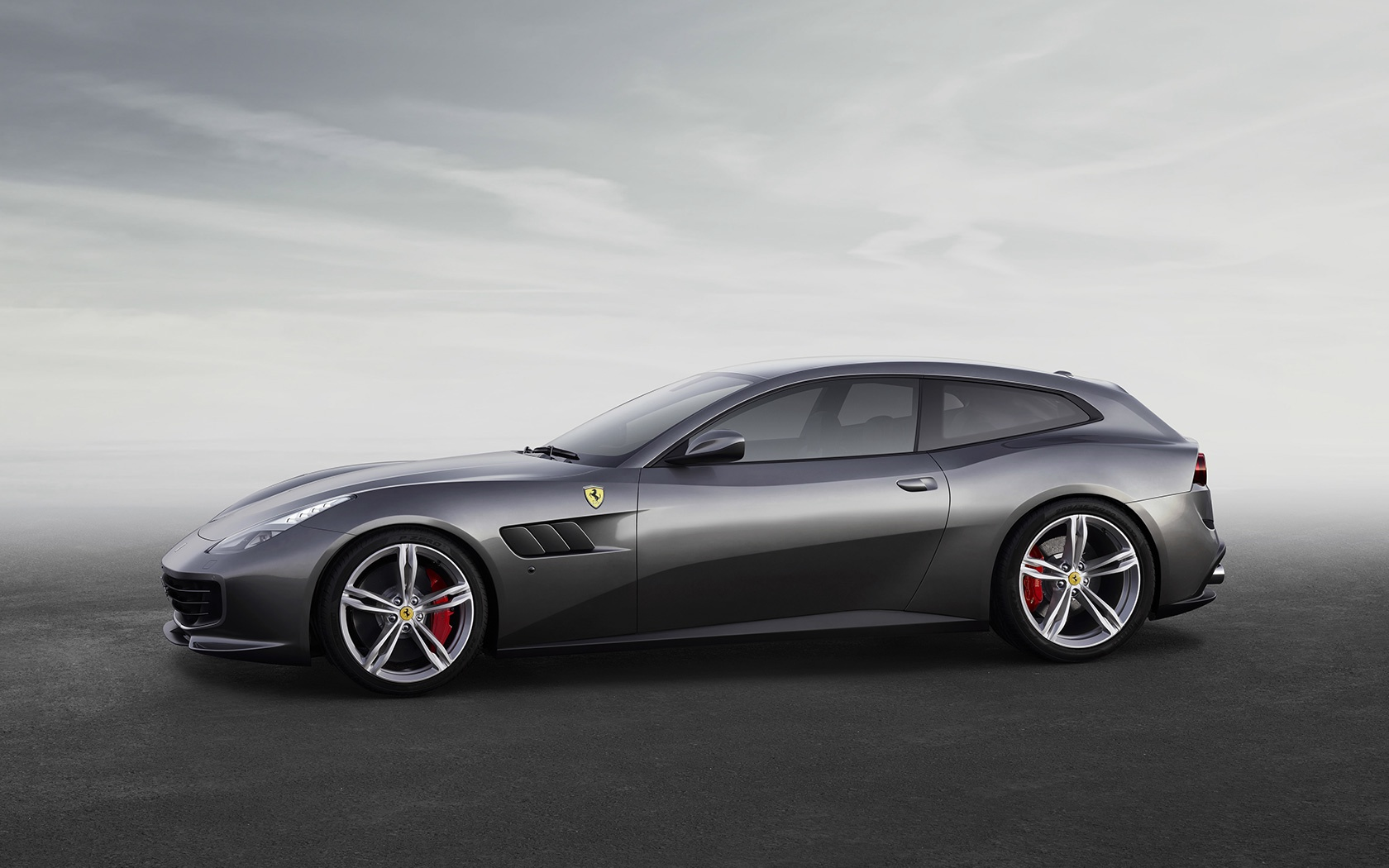 New 2019 Ferrari GTC4LUSSO  For Sale In Greenwich, CT 229_p6