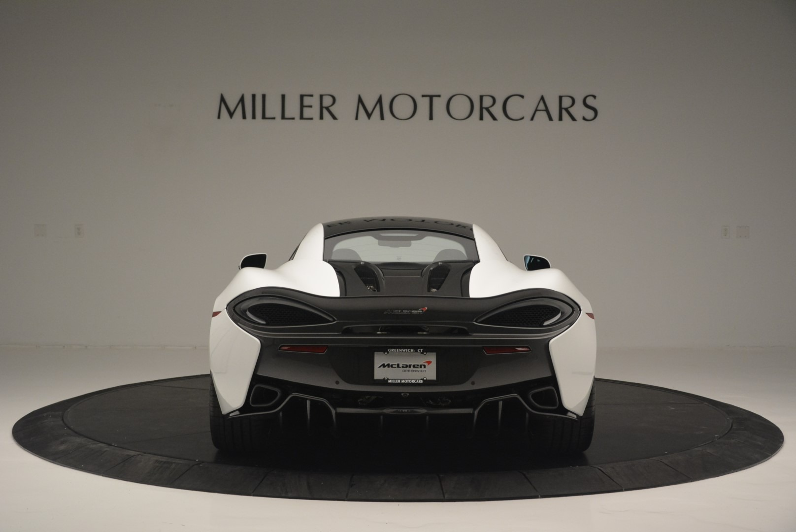 Used 2018 McLaren 570S Track Pack For Sale In Greenwich, CT 2290_p6