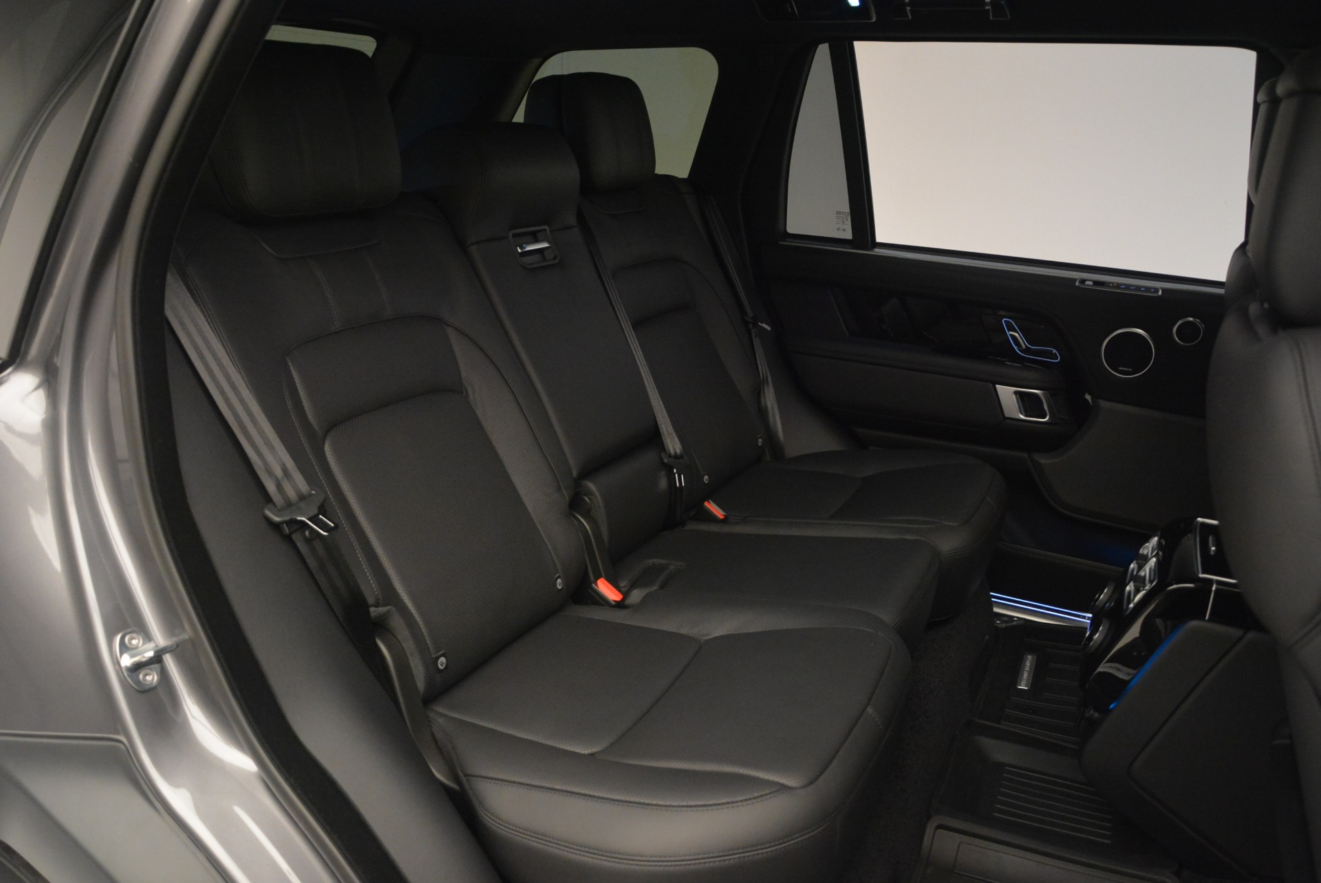 Used 2018 Land Rover Range Rover Supercharged LWB For Sale In Greenwich, CT 2291_p27
