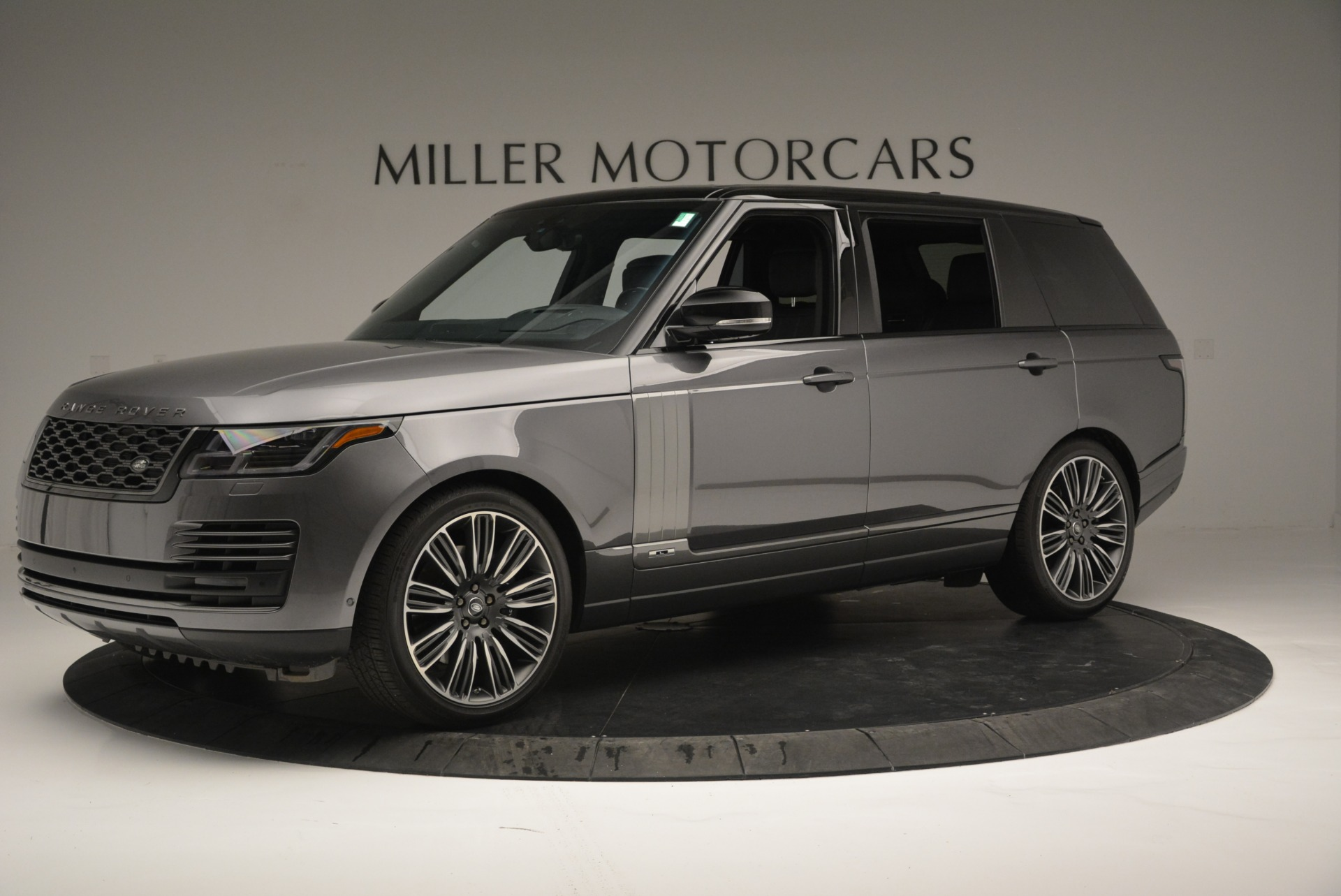 Used 2018 Land Rover Range Rover Supercharged LWB For Sale In Greenwich, CT 2291_p2