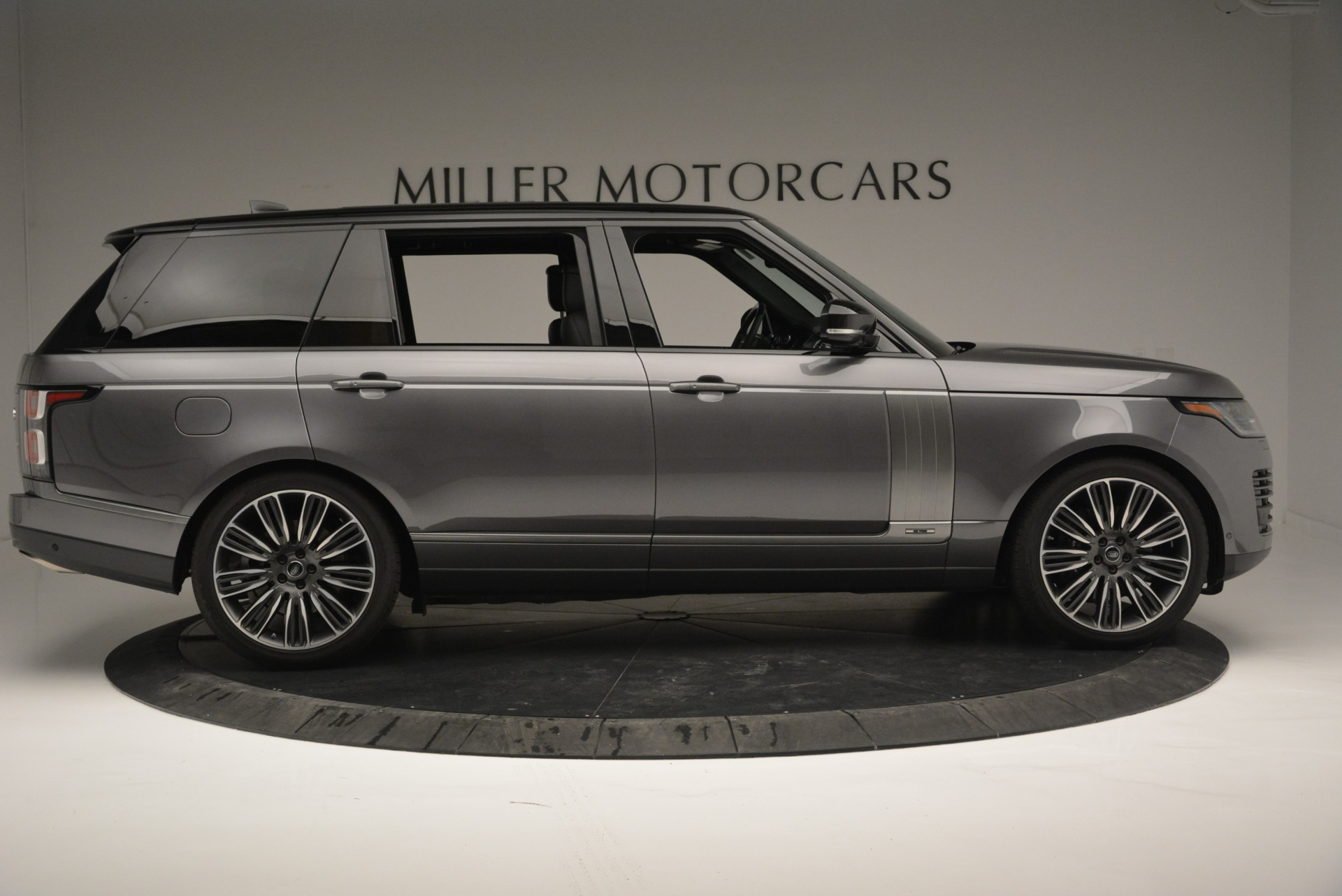 Used 2018 Land Rover Range Rover Supercharged LWB For Sale In Greenwich, CT 2291_p9