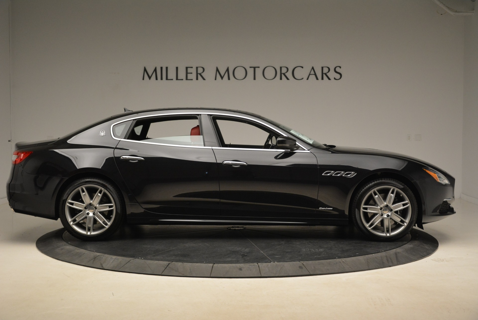 New 2018 Maserati Quattroporte S Q4 GranLusso For Sale In Greenwich, CT 2293_p9