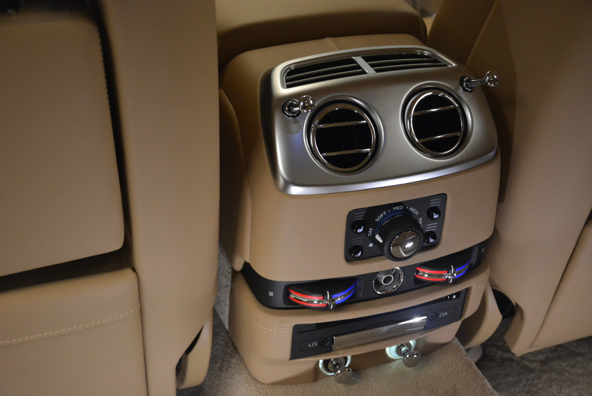 Used 2015 Rolls-Royce Ghost  For Sale In Greenwich, CT 2297_p30