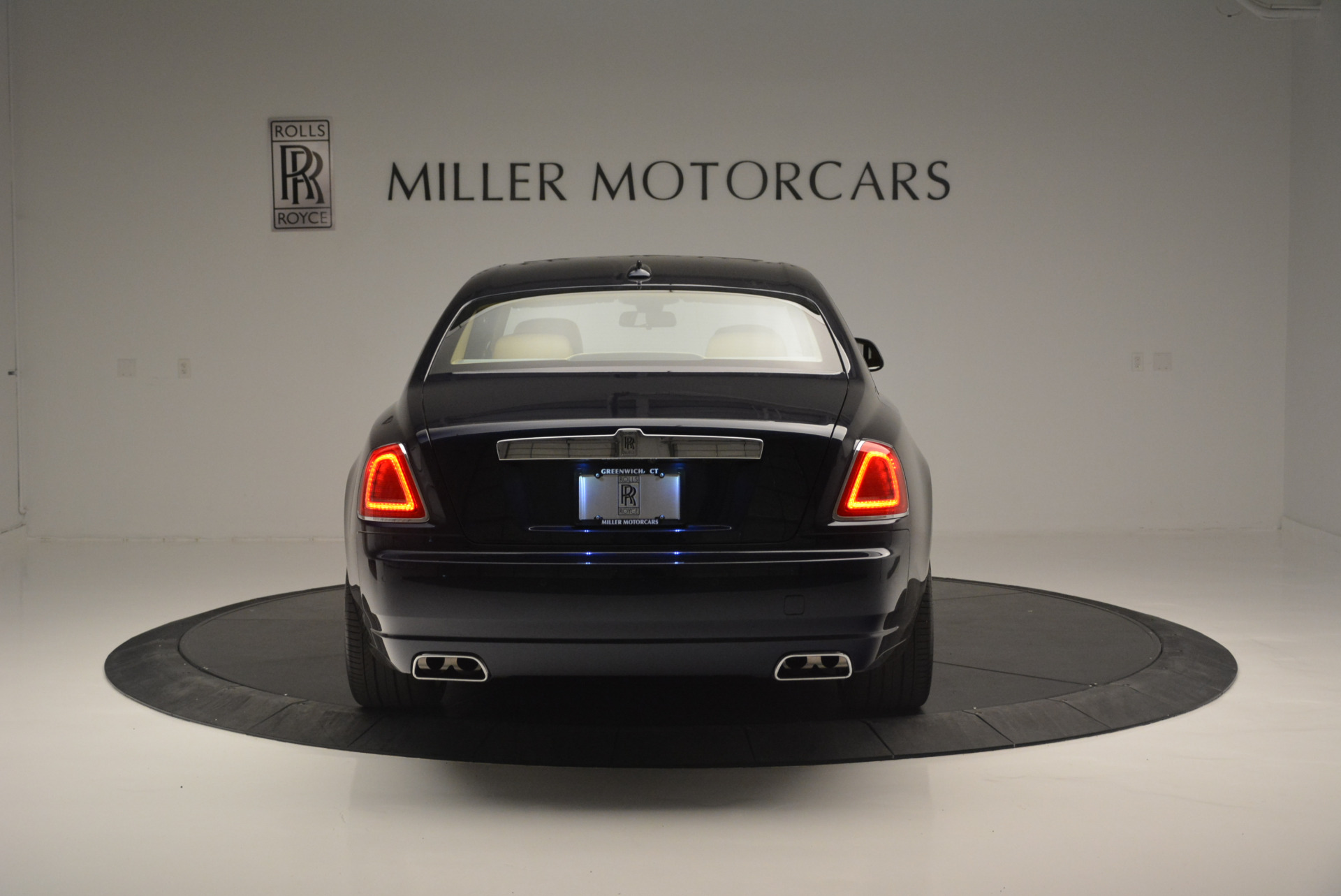 Used 2015 Rolls-Royce Ghost  For Sale In Greenwich, CT 2297_p6