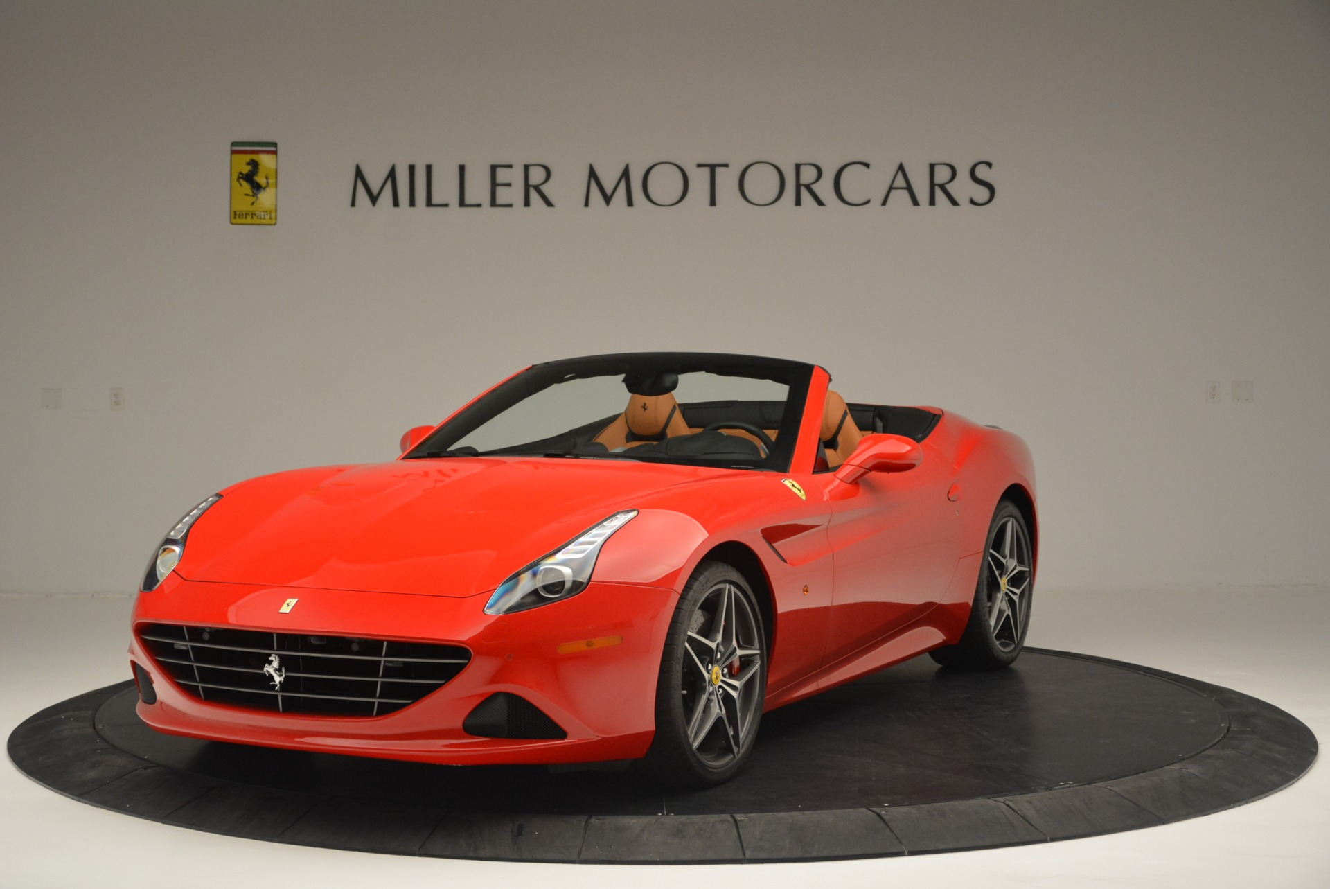 Used 2016 Ferrari California T Handling Speciale For Sale In Greenwich, CT 2298_main
