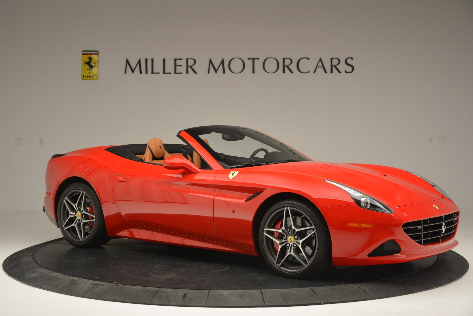 Used 2016 Ferrari California T Handling Speciale For Sale In Greenwich, CT 2298_p10