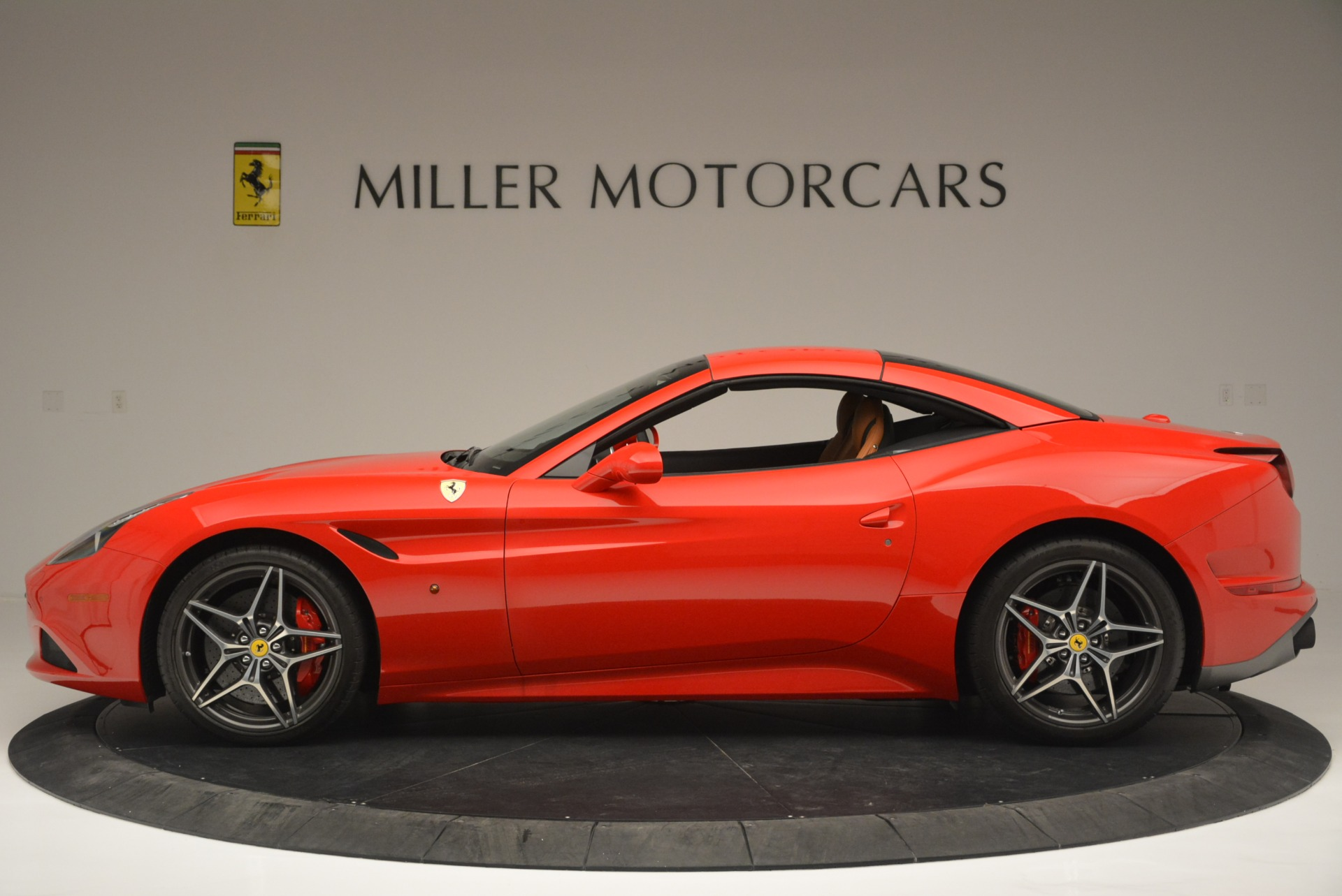 Used 2016 Ferrari California T Handling Speciale For Sale In Greenwich, CT 2298_p15