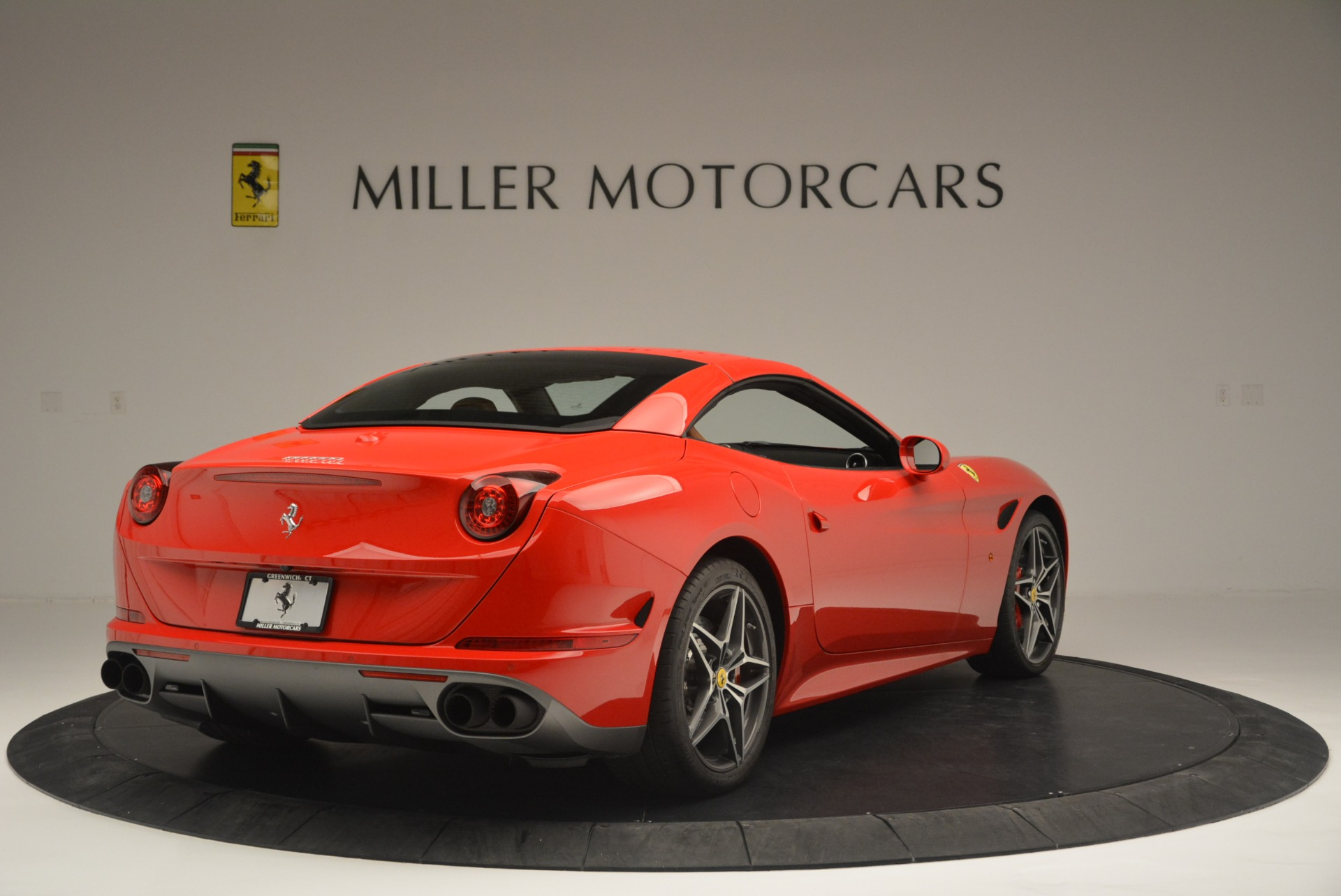 Used 2016 Ferrari California T Handling Speciale For Sale In Greenwich, CT 2298_p19