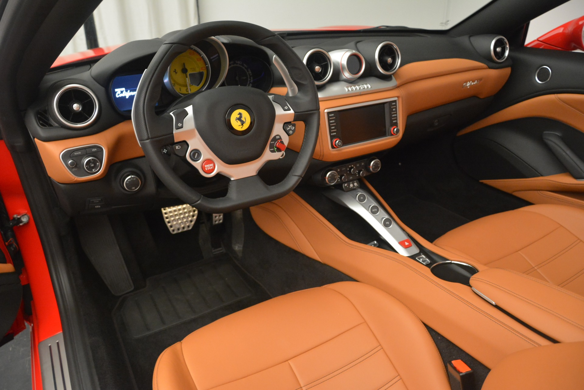 Used 2016 Ferrari California T Handling Speciale For Sale In Greenwich, CT 2298_p25