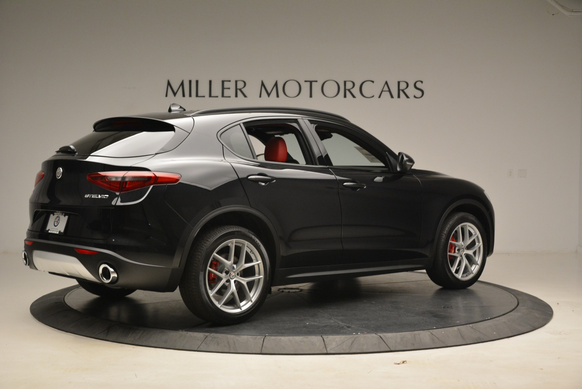 New 2018 Alfa Romeo Stelvio Ti Sport Q4 For Sale In Greenwich, CT 2300_p8