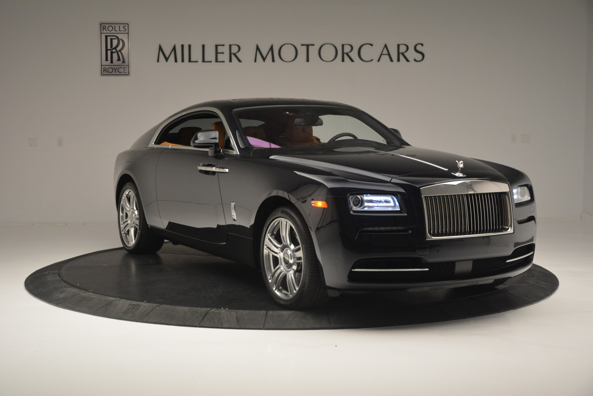 Used 2014 Rolls-Royce Wraith  For Sale In Greenwich, CT 2305_p11