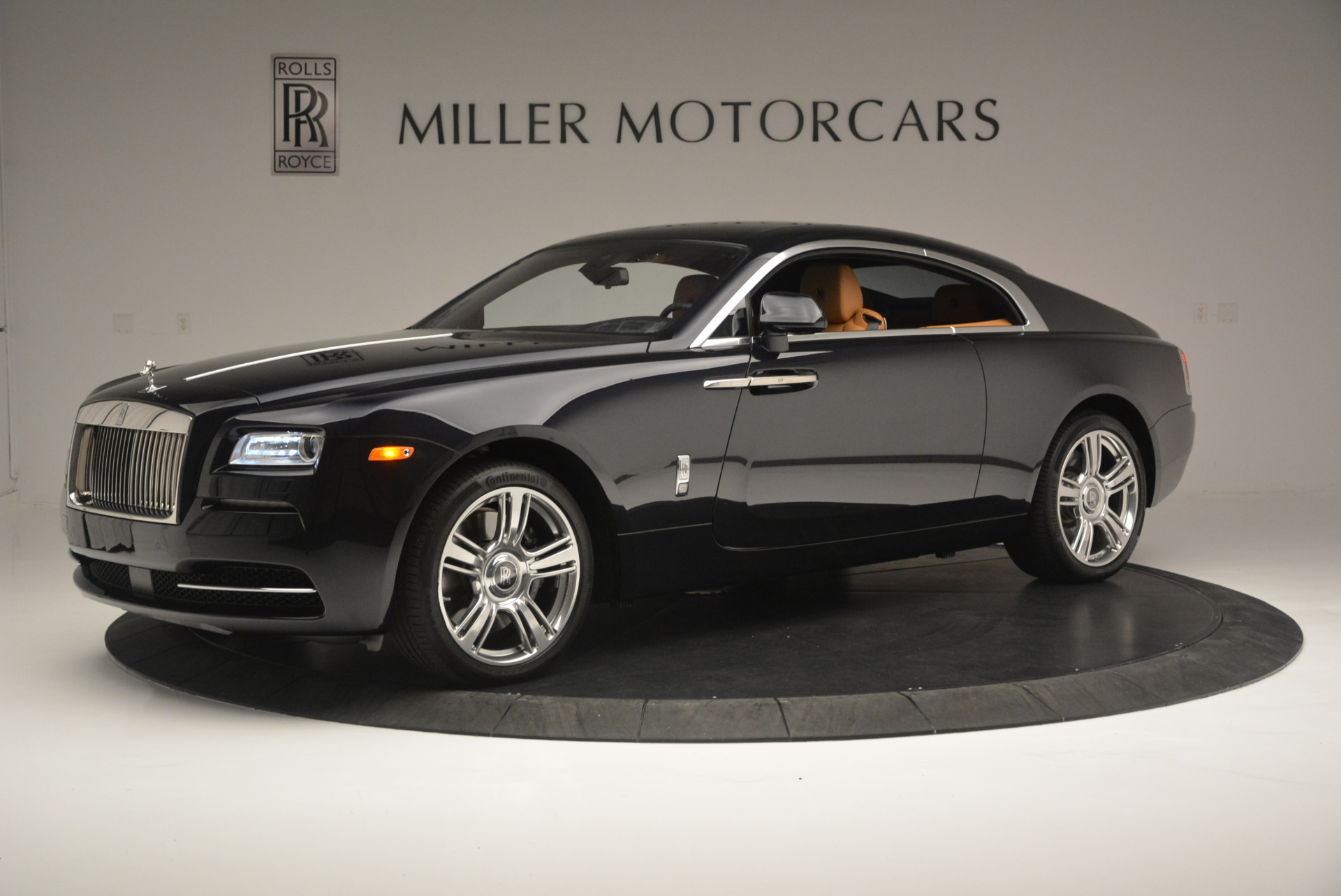 Used 2014 Rolls-Royce Wraith  For Sale In Greenwich, CT 2305_p2