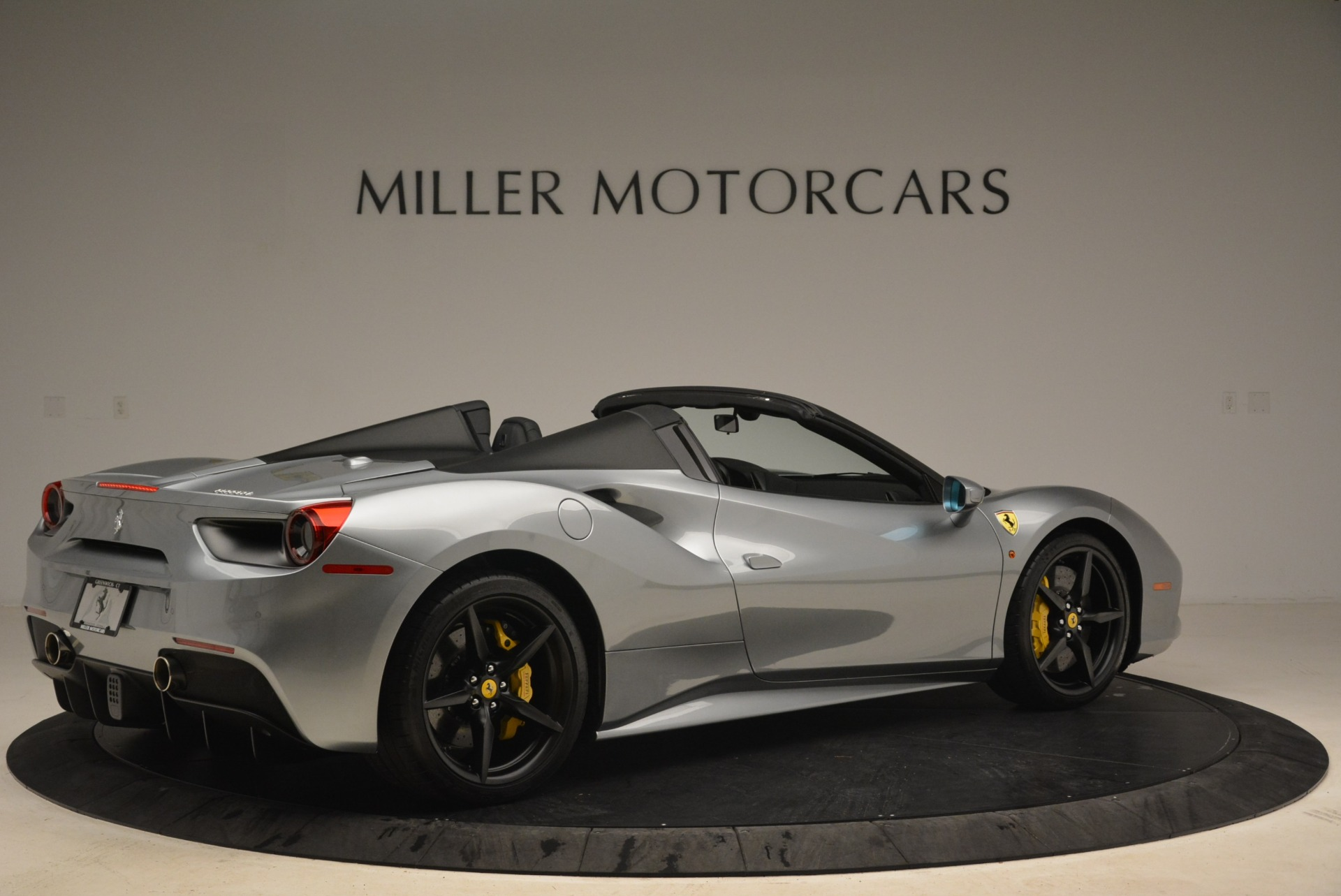Used 2018 Ferrari 488 Spider  For Sale In Greenwich, CT 2306_p8