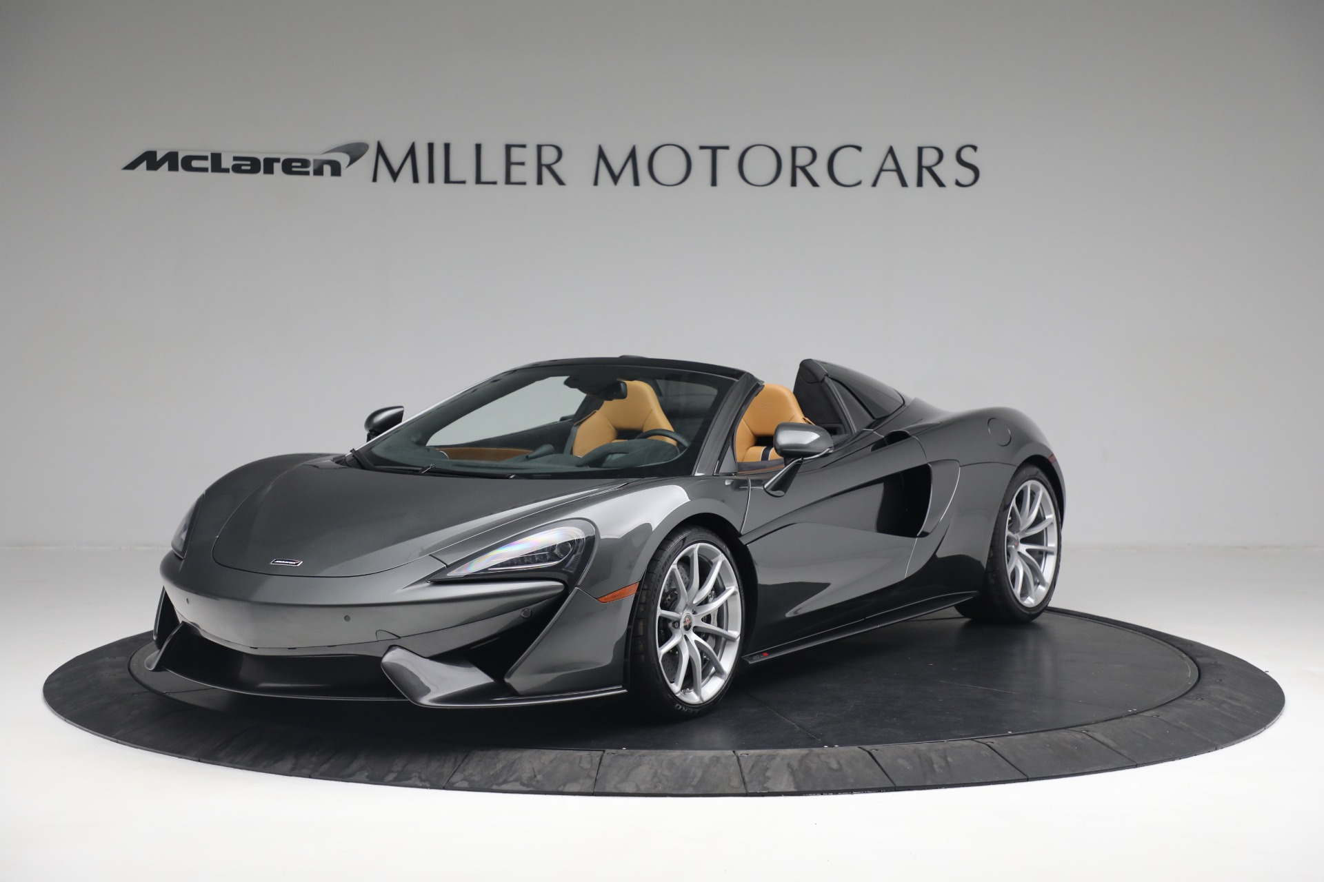 Used 2018 McLaren 570S Spider For Sale In Greenwich, CT 2308_main