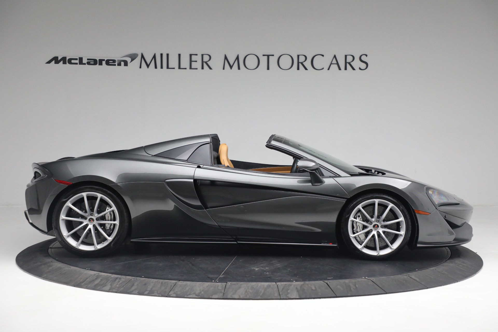 Used 2018 McLaren 570S Spider For Sale In Greenwich, CT 2308_p10