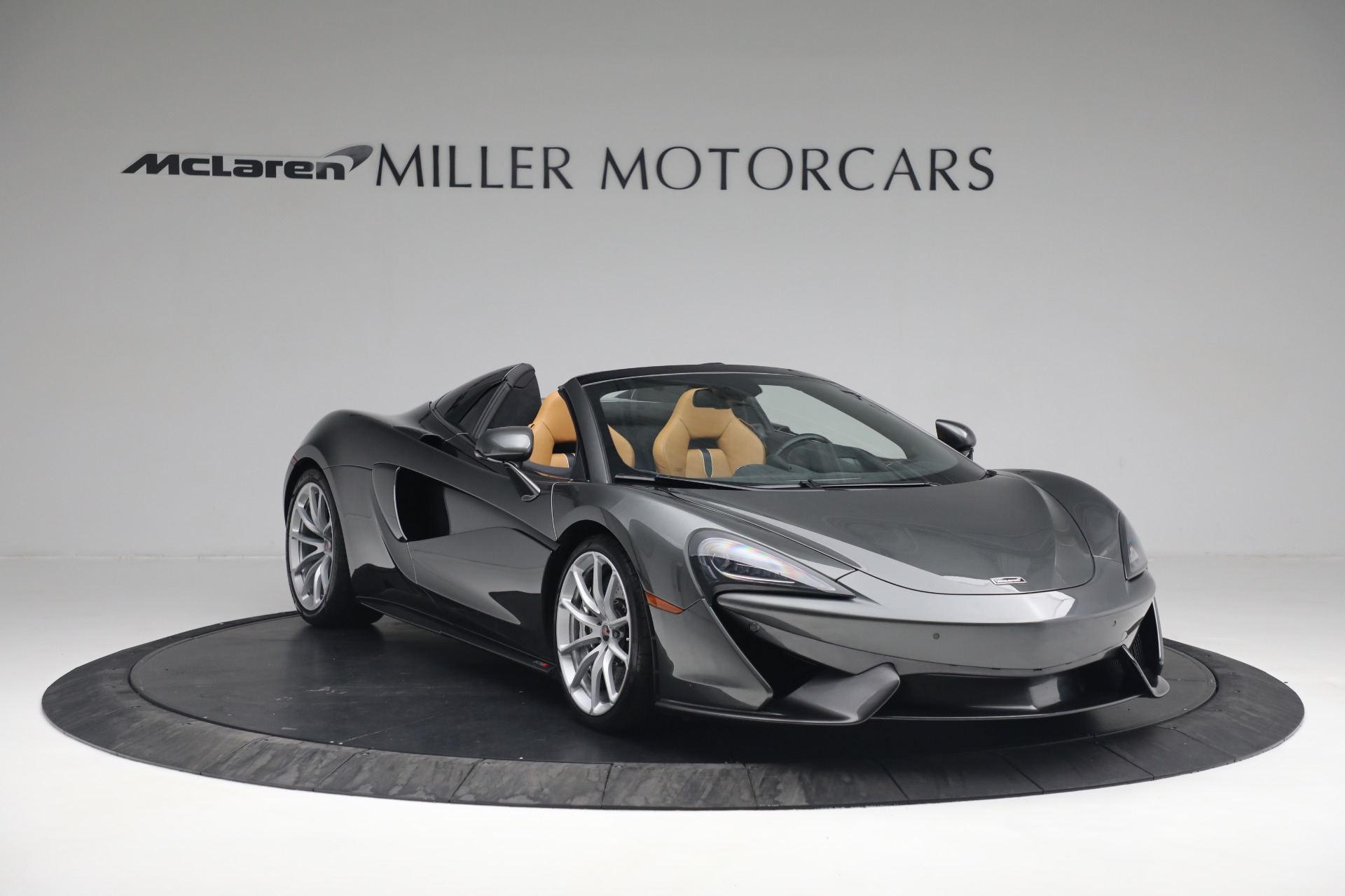 Used 2018 McLaren 570S Spider For Sale In Greenwich, CT 2308_p12