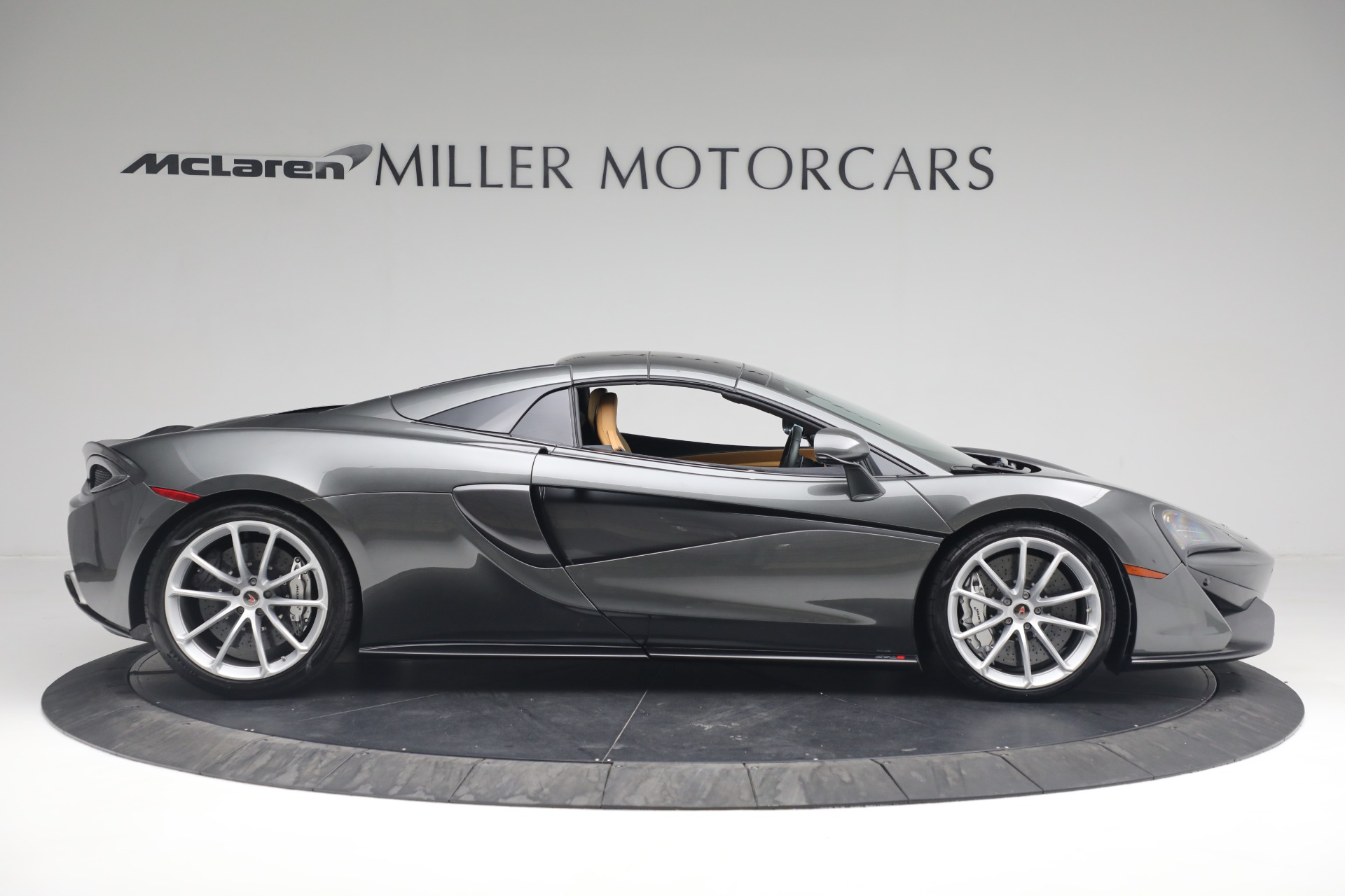 Used 2018 McLaren 570S Spider For Sale In Greenwich, CT 2308_p15