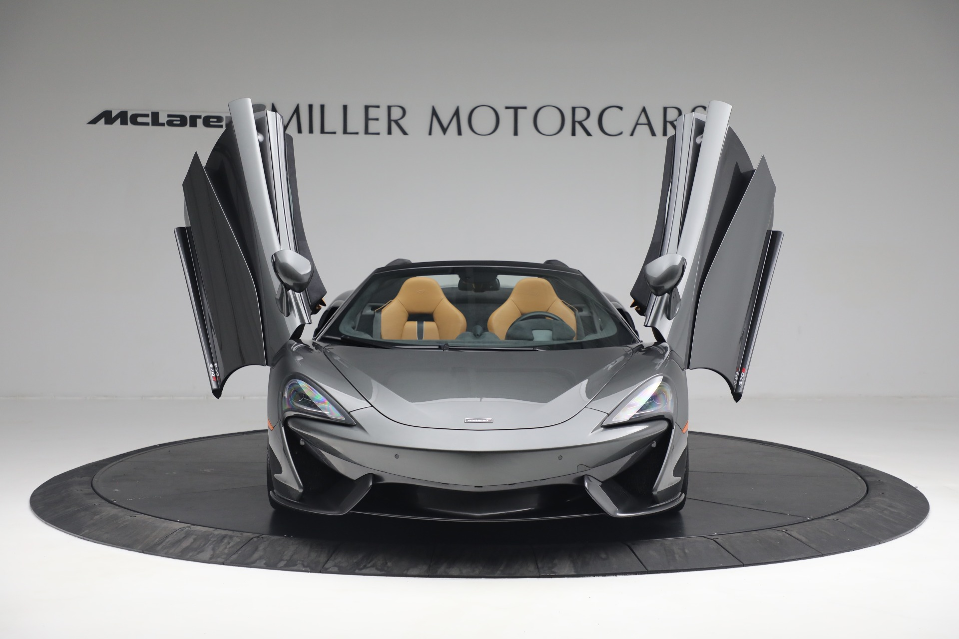 Used 2018 McLaren 570S Spider For Sale In Greenwich, CT 2308_p21
