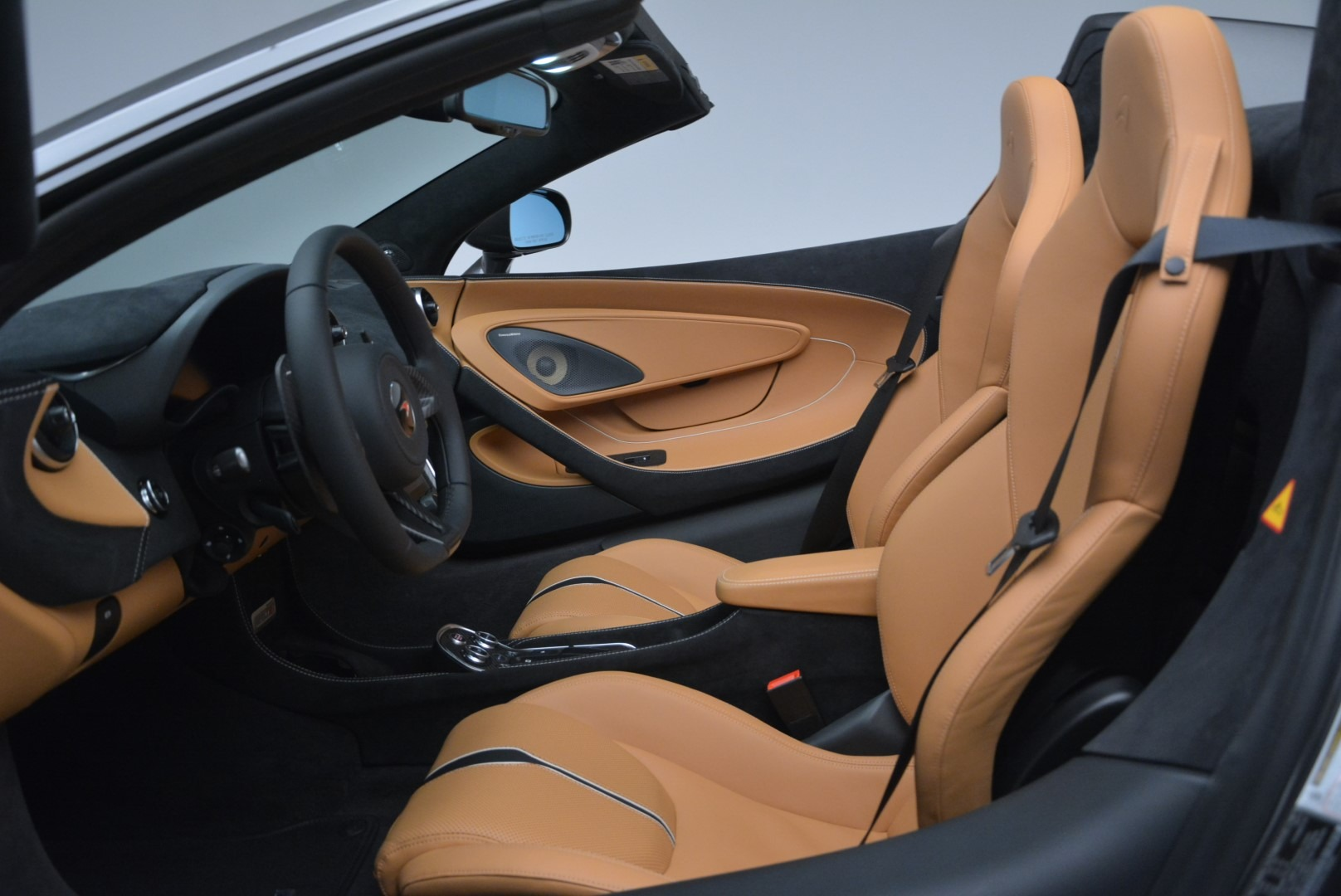 Used 2018 McLaren 570S Spider For Sale In Greenwich, CT 2308_p23