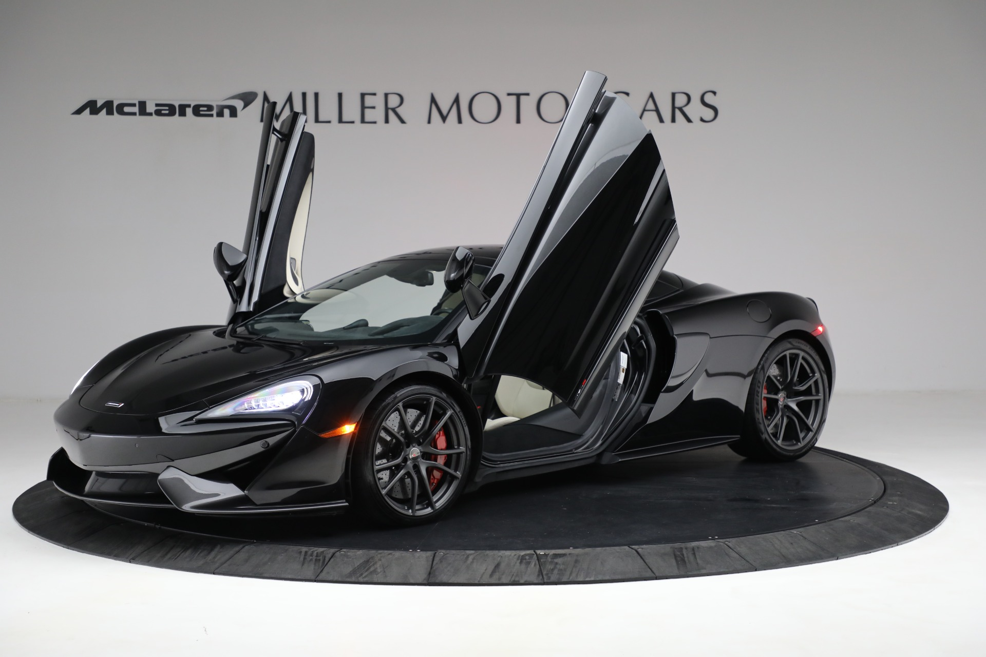 New 2018 McLaren 570S Spider For Sale In Greenwich, CT 2312_p22