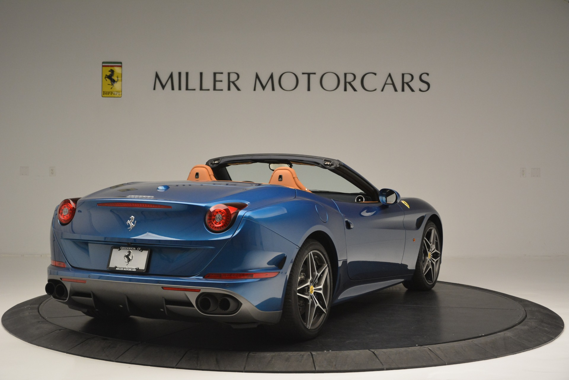 Used 2017 Ferrari California T Handling Speciale For Sale In Greenwich, CT 2313_p7