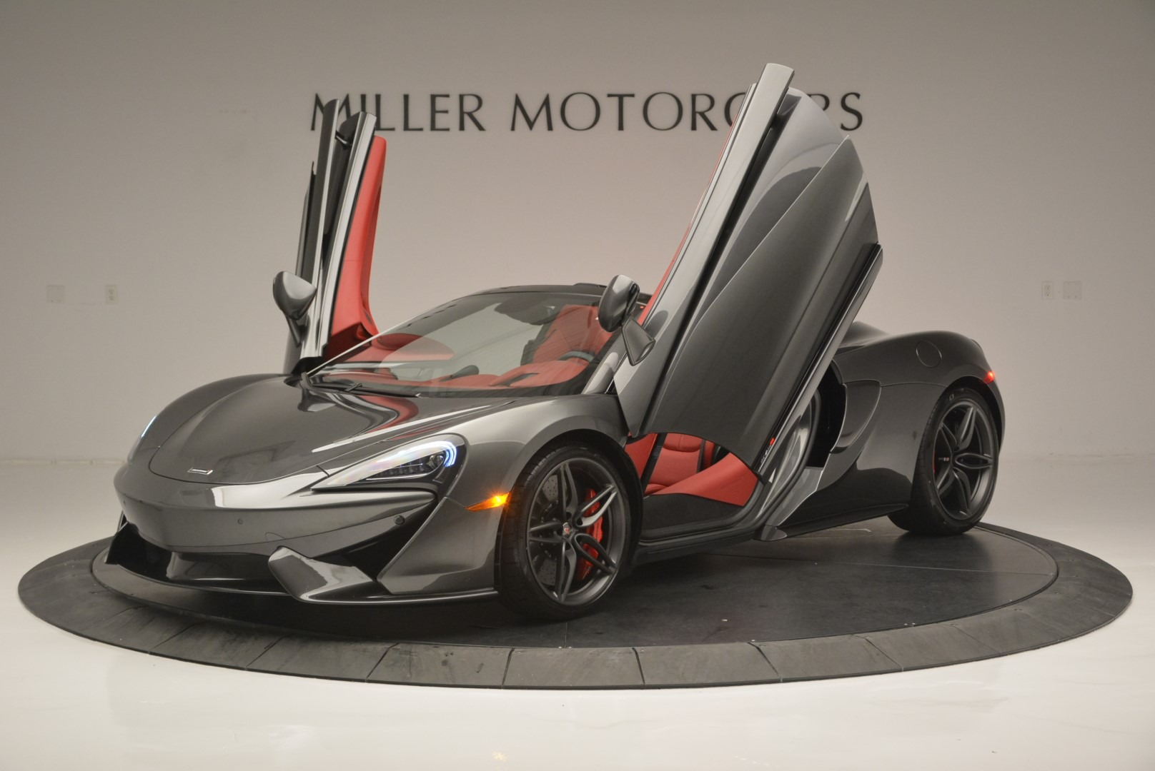 New 2018 McLaren 570S Spider For Sale In Greenwich, CT 2316_p14