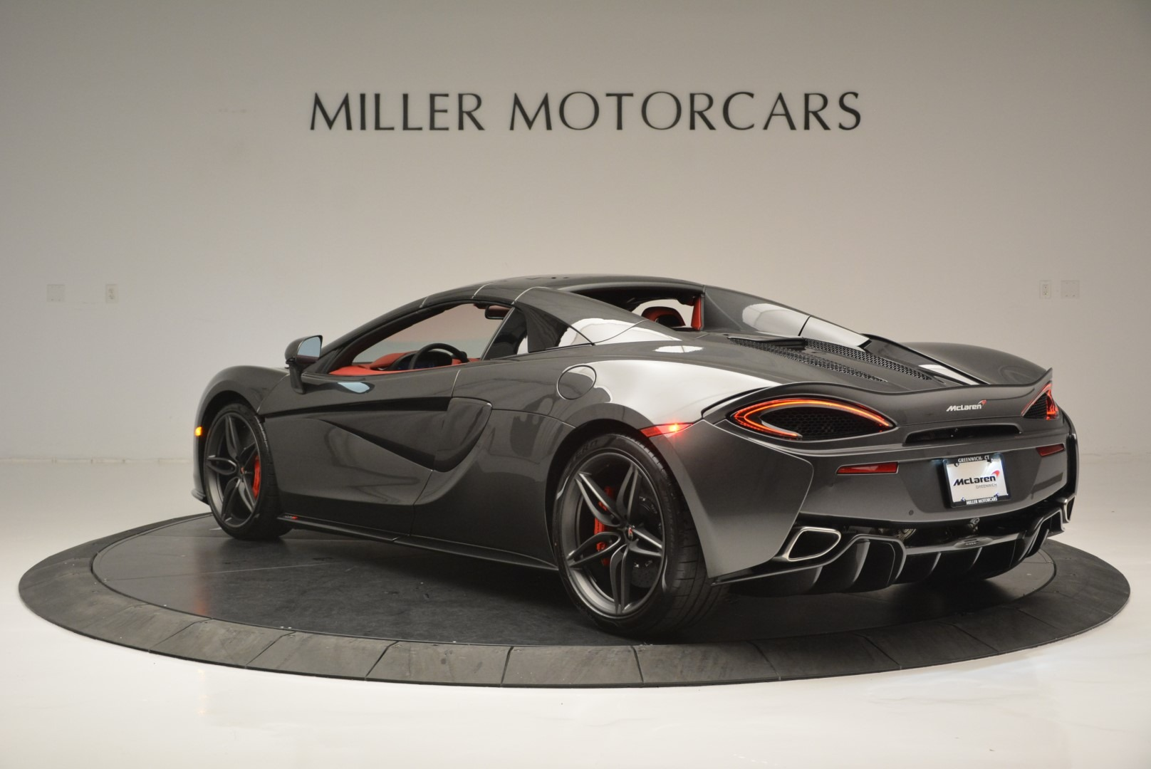 New 2018 McLaren 570S Spider For Sale In Greenwich, CT 2316_p17
