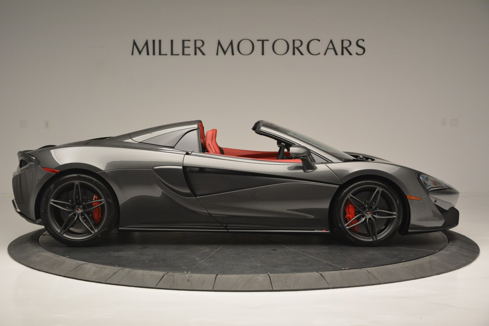New 2018 McLaren 570S Spider For Sale In Greenwich, CT 2316_p9