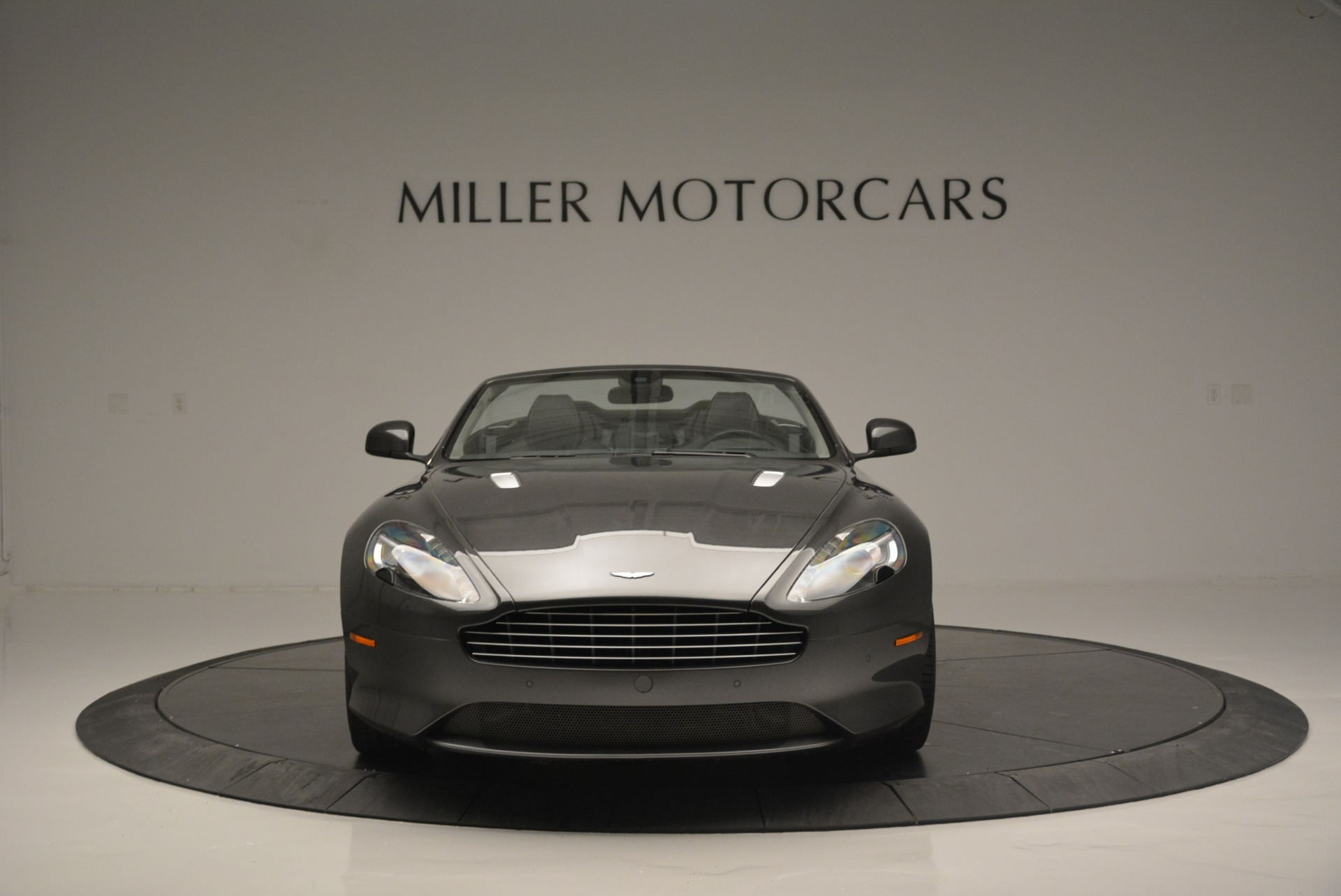 Used 2014 Aston Martin DB9 Volante For Sale In Greenwich, CT 2319_p12