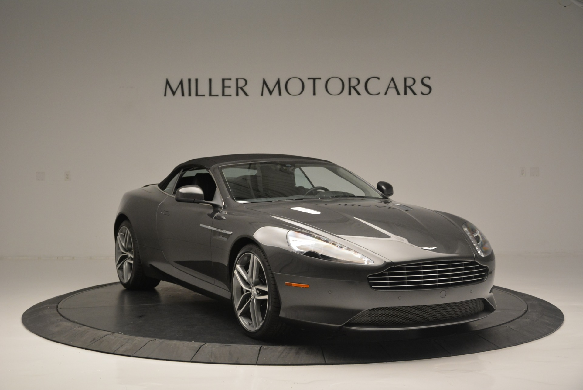 Used 2014 Aston Martin DB9 Volante For Sale In Greenwich, CT 2319_p23