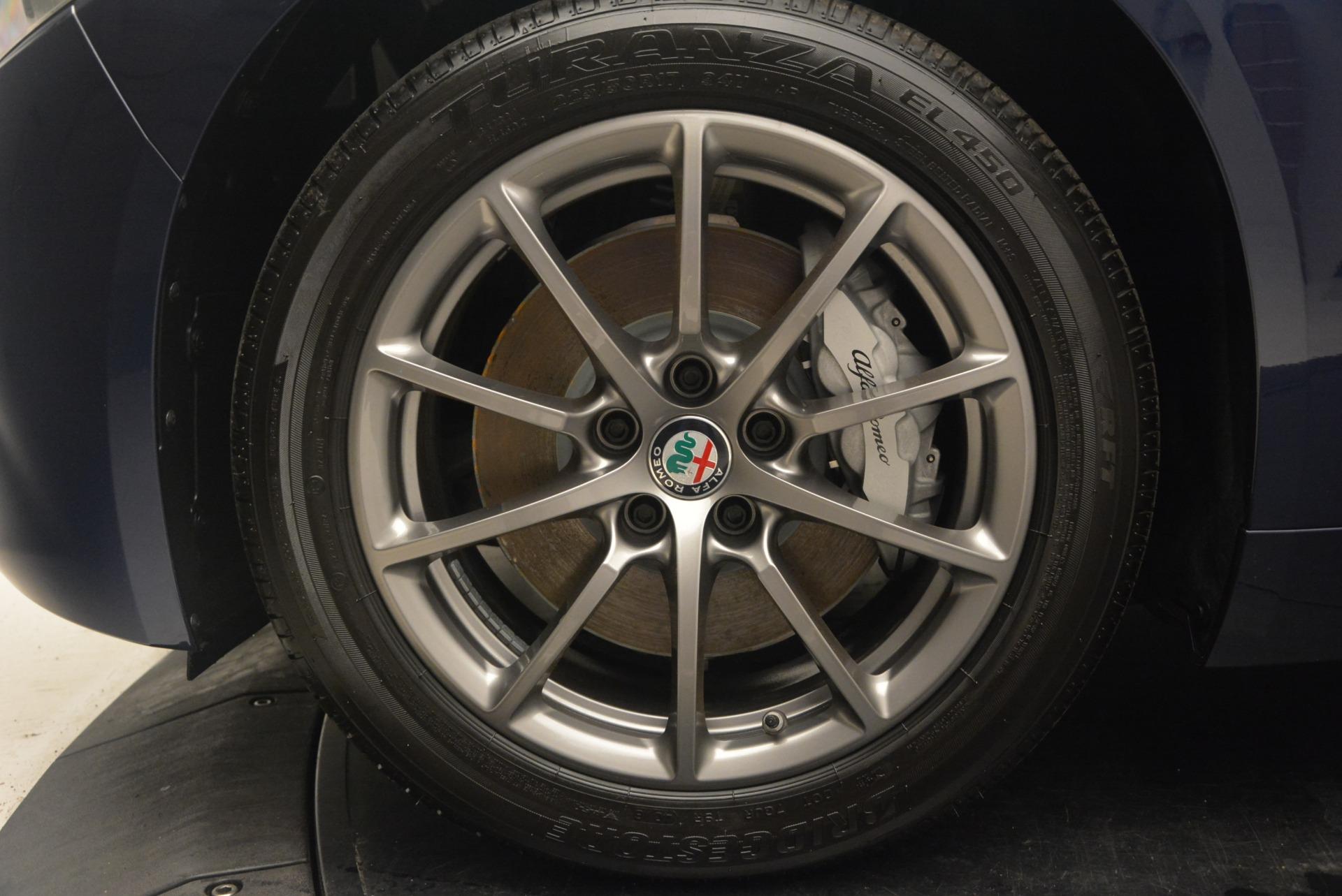 New 2018 Alfa Romeo Giulia Q4 For Sale In Greenwich, CT 2327_p25
