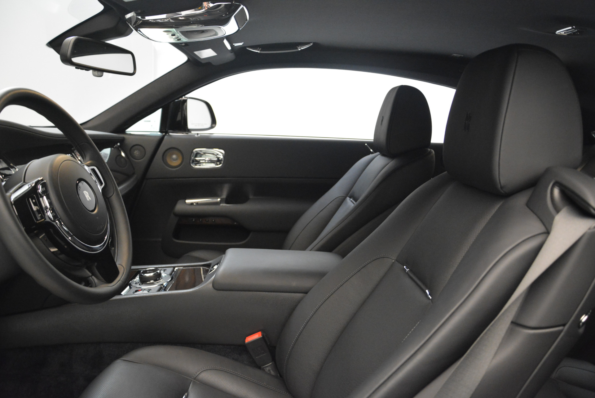 Used 2015 Rolls-Royce Wraith  For Sale In Greenwich, CT 2335_p14