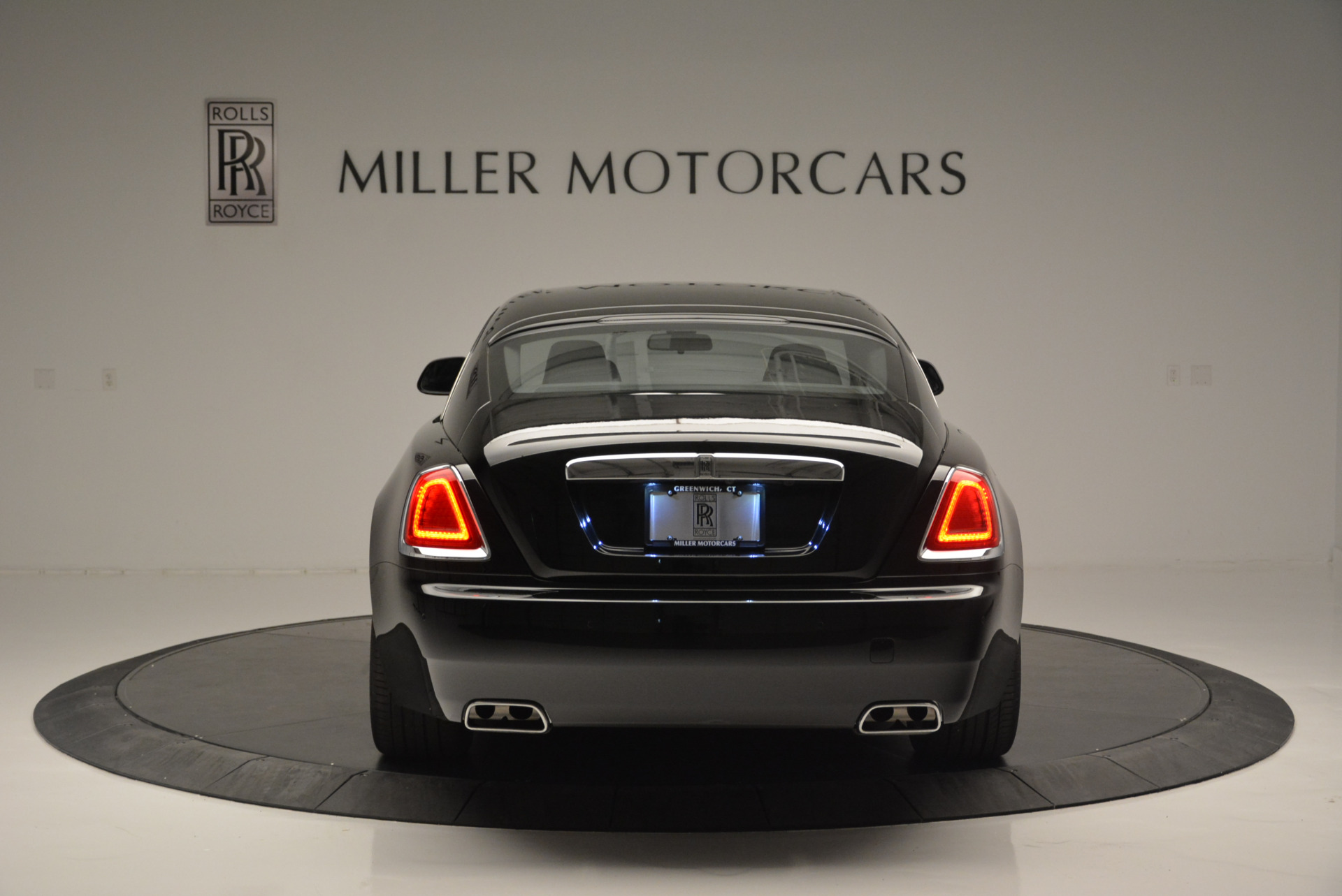 Used 2015 Rolls-Royce Wraith  For Sale In Greenwich, CT 2335_p4