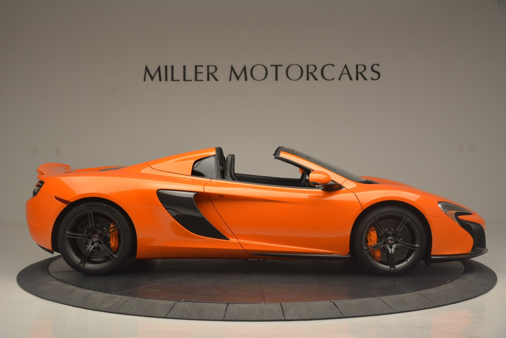 Used 2015 McLaren 650S Spider For Sale In Greenwich, CT 2338_p9