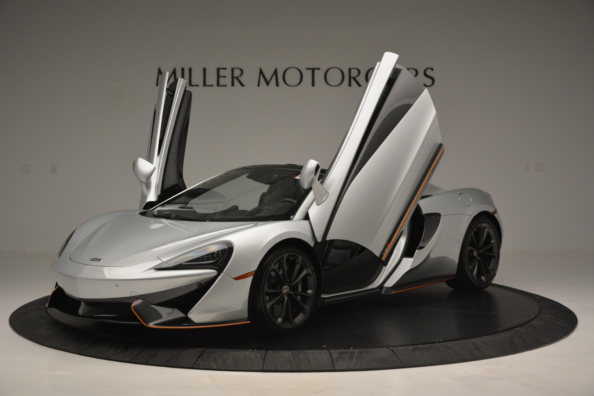 Used 2018 McLaren 570S Spider For Sale In Greenwich, CT 2340_p14