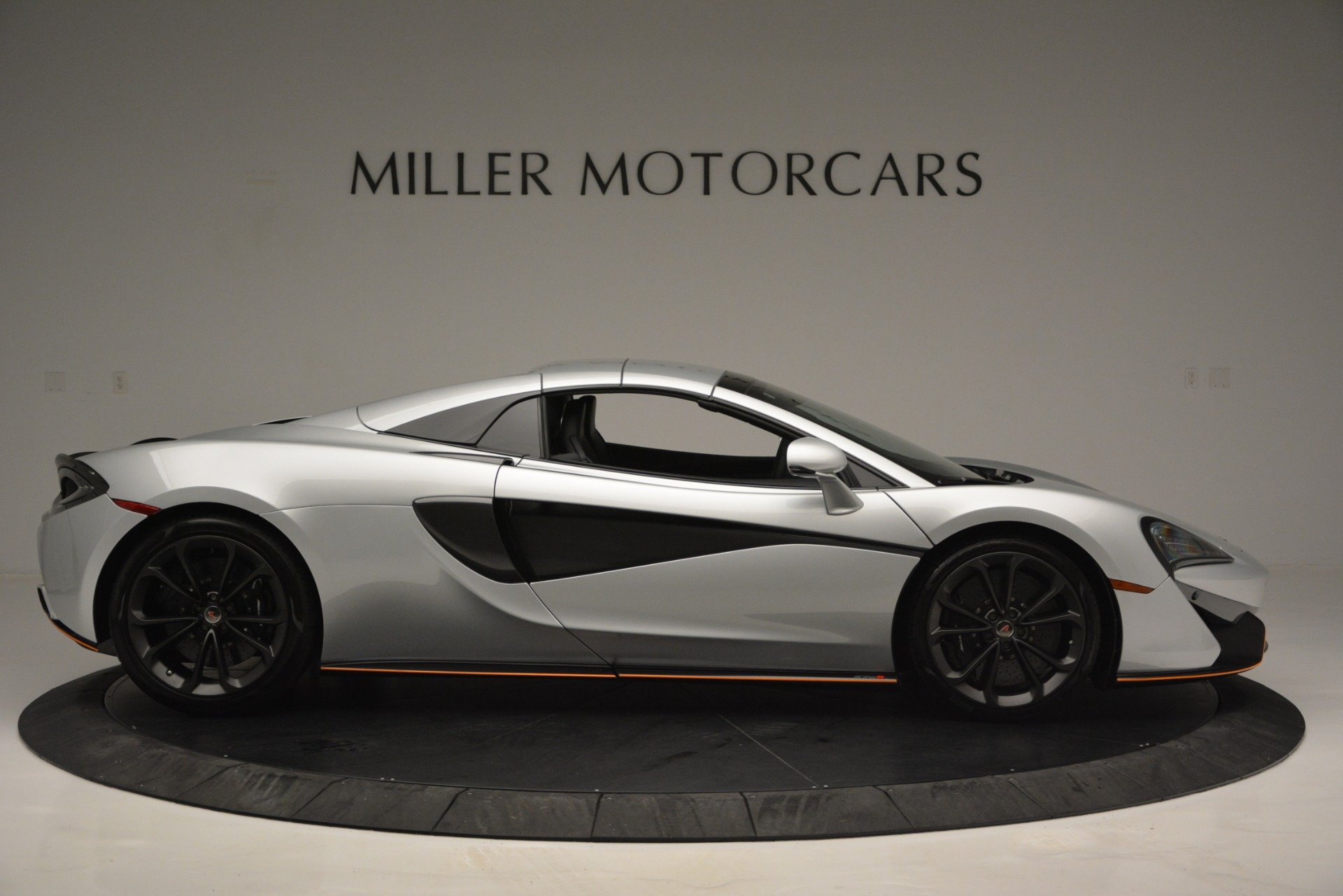 Used 2018 McLaren 570S Spider For Sale In Greenwich, CT 2340_p20