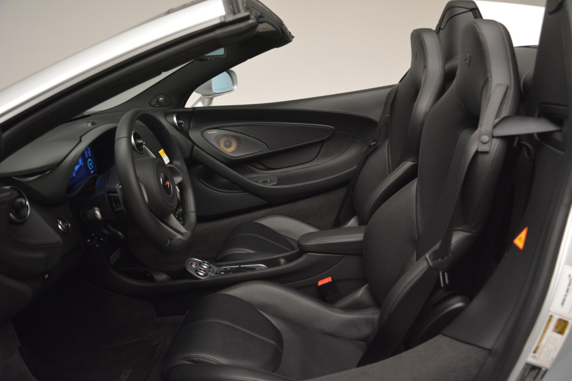 Used 2018 McLaren 570S Spider For Sale In Greenwich, CT 2340_p24