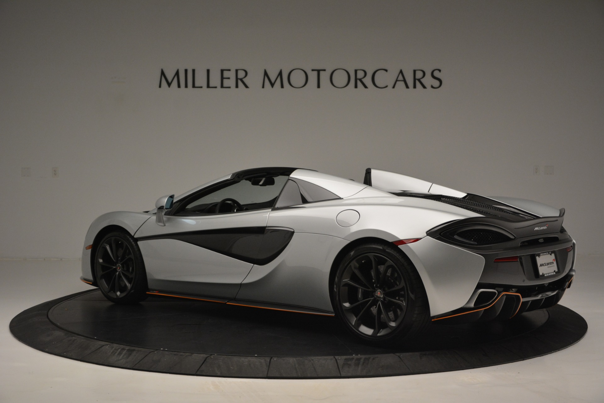 Used 2018 McLaren 570S Spider For Sale In Greenwich, CT 2340_p4