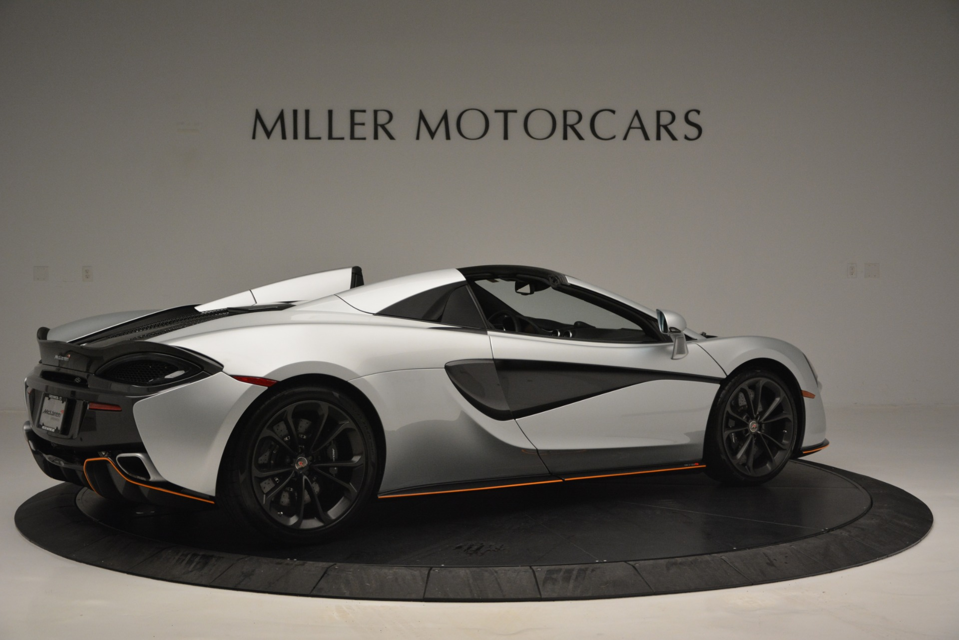 Used 2018 McLaren 570S Spider For Sale In Greenwich, CT 2340_p8